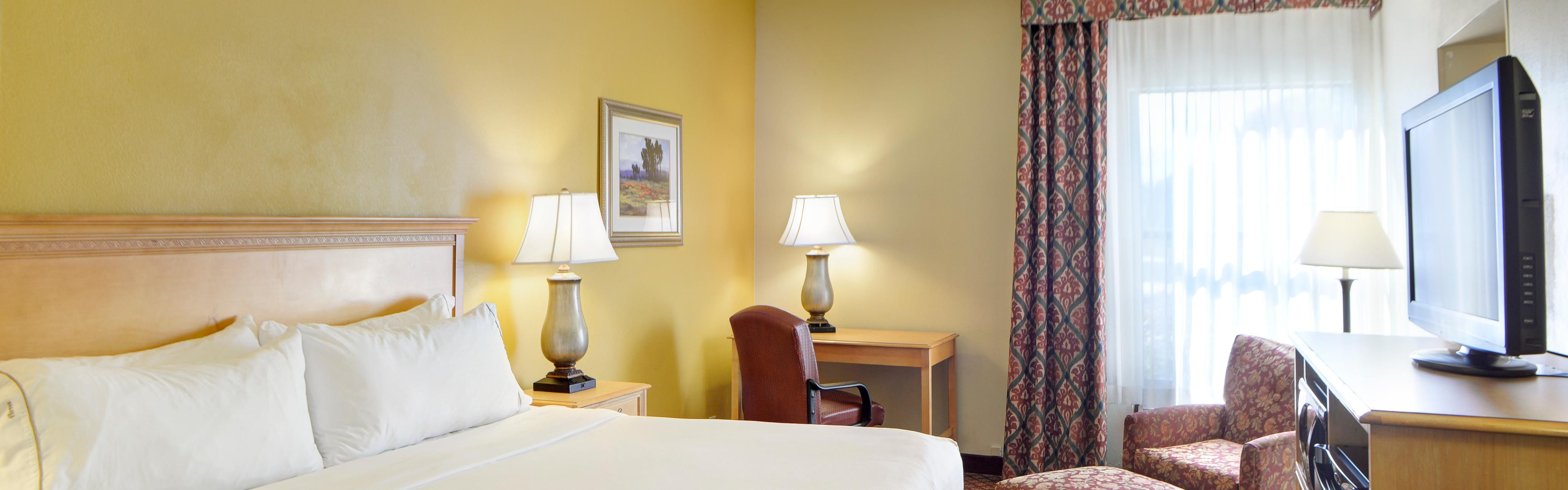 Holiday Inn Express Indianapolis South image 1