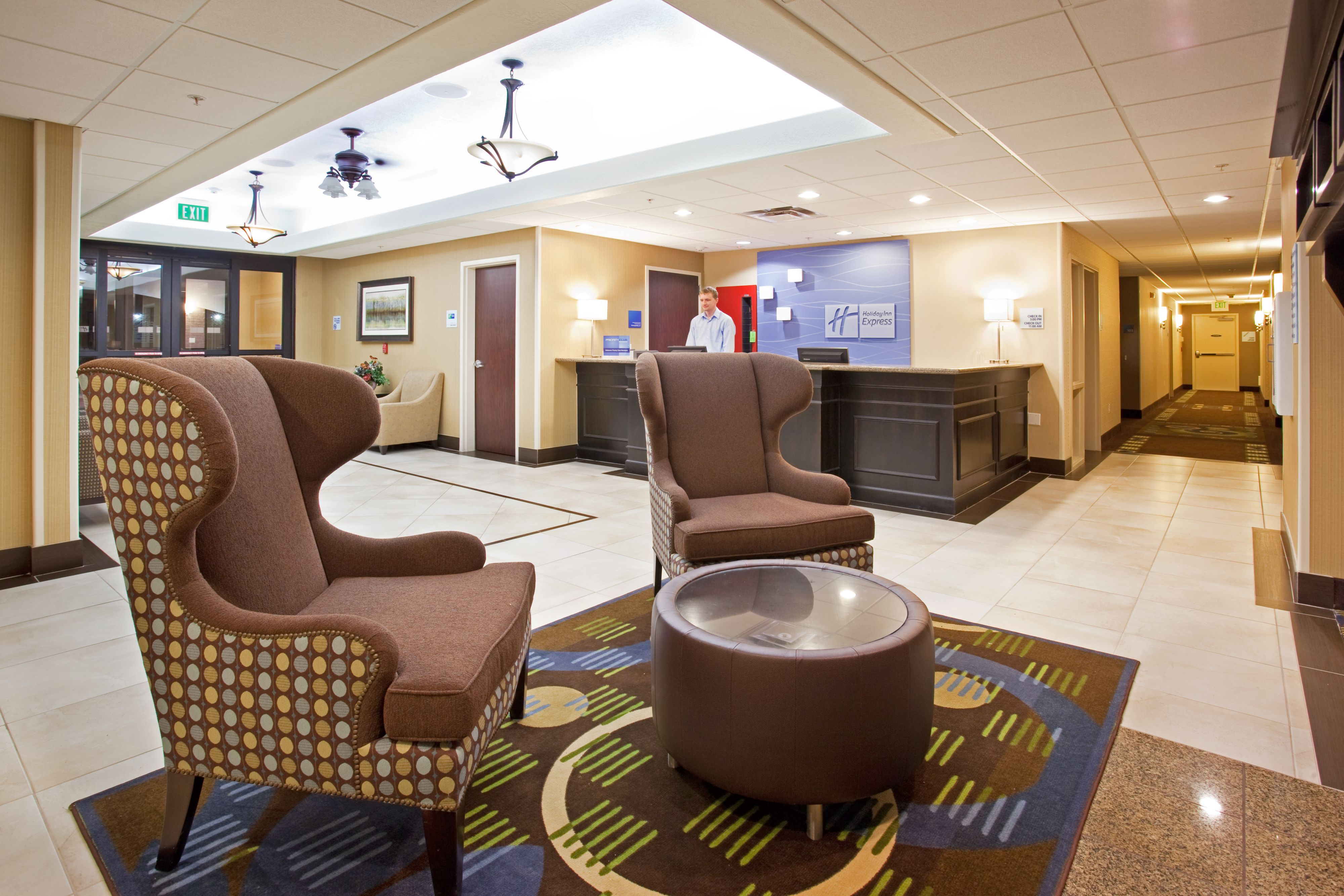 Holiday Inn Express & Suites American Fork- North Provo image 3