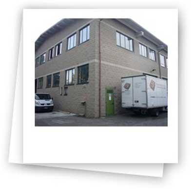 Fav wood working commercio di mobili per ufficio for Nova arredamenti camparada