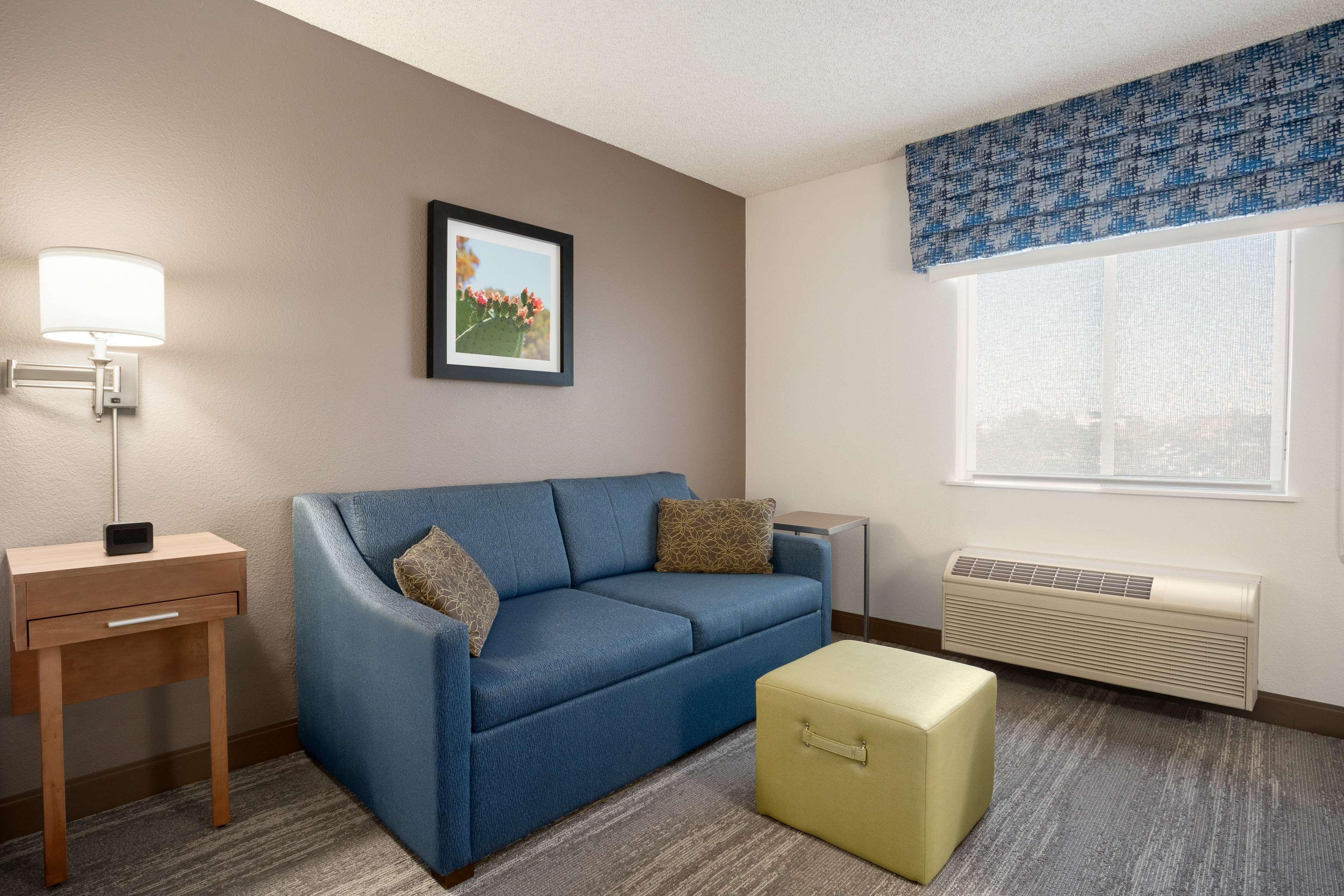 Hampton Inn Phoenix-Midtown-Downtown Area image 11