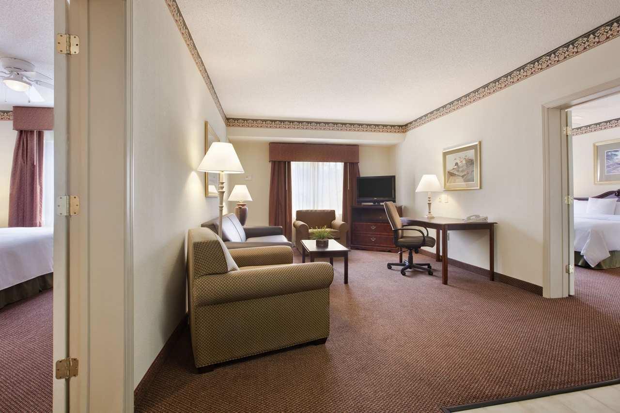 Homewood Suites by Hilton Charleston - Mt. Pleasant image 6
