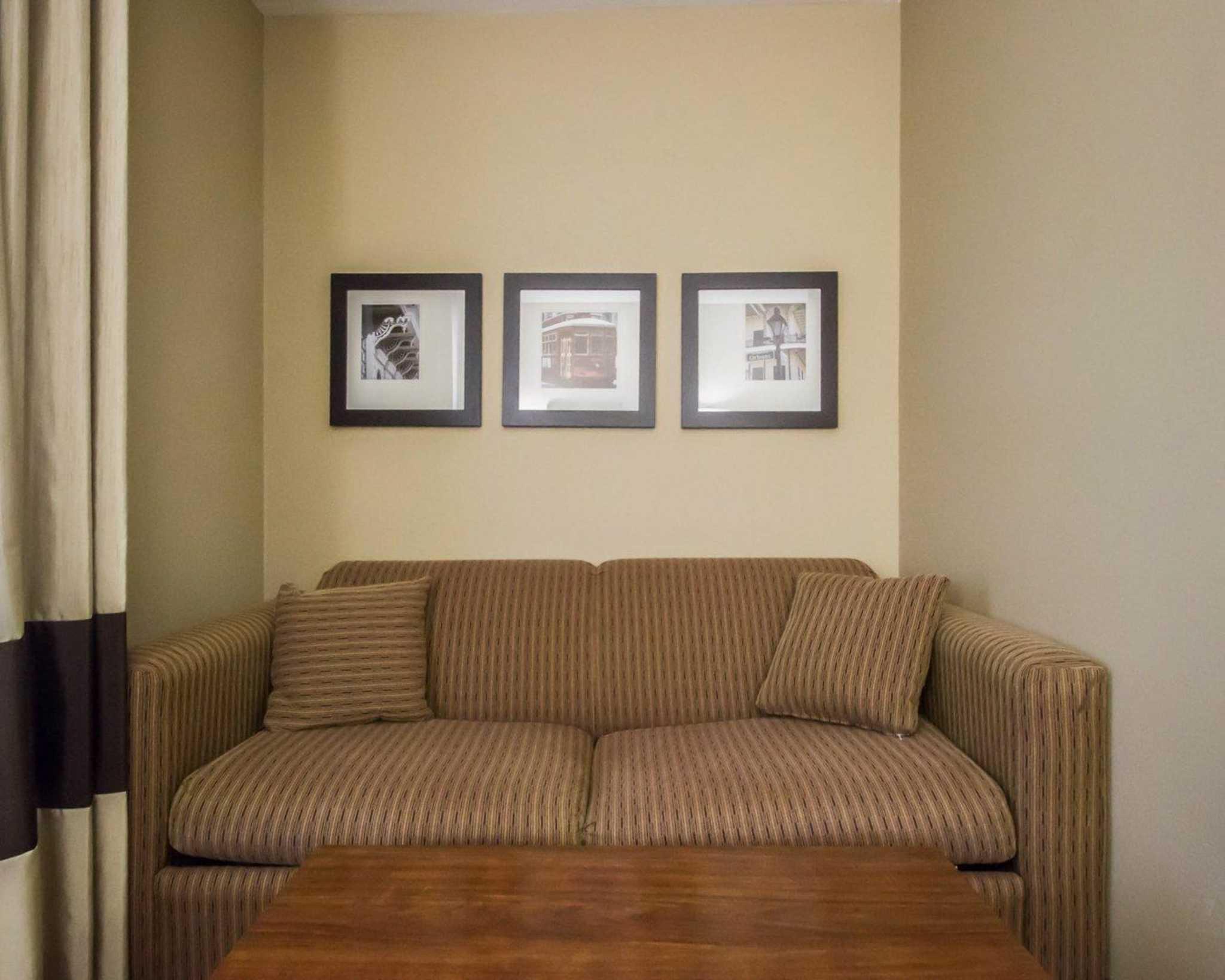 Comfort Inn & Suites image 33