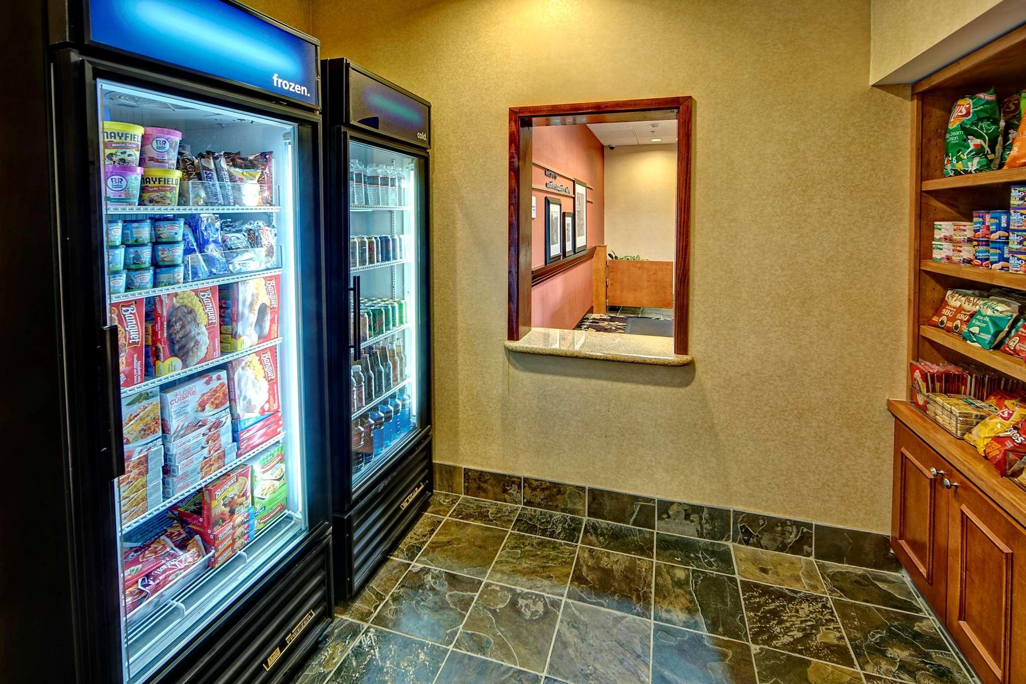 Hampton Inn & Suites Cashiers-Sapphire Valley image 32