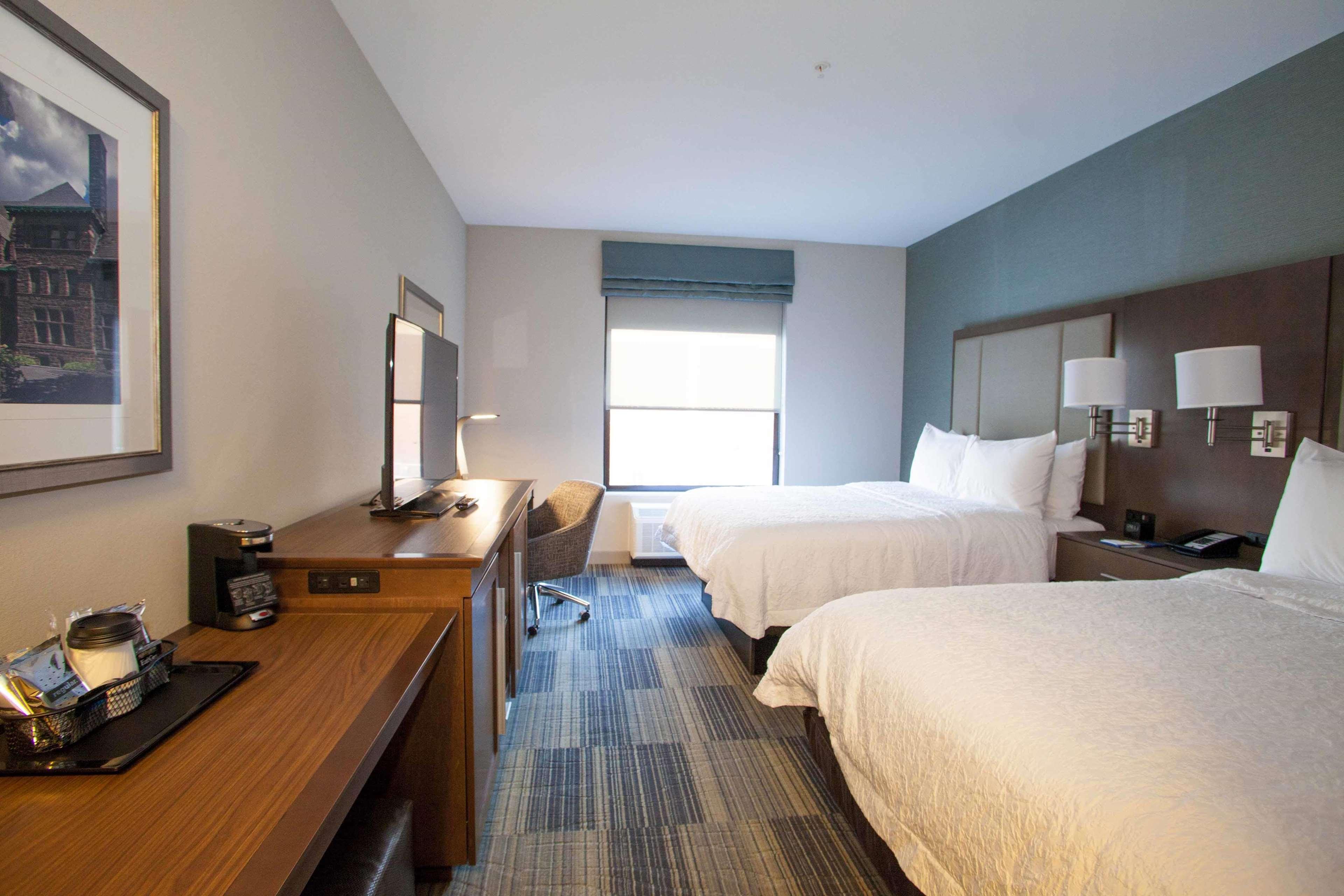 Hampton Inn & Suites Downtown St. Paul image 33