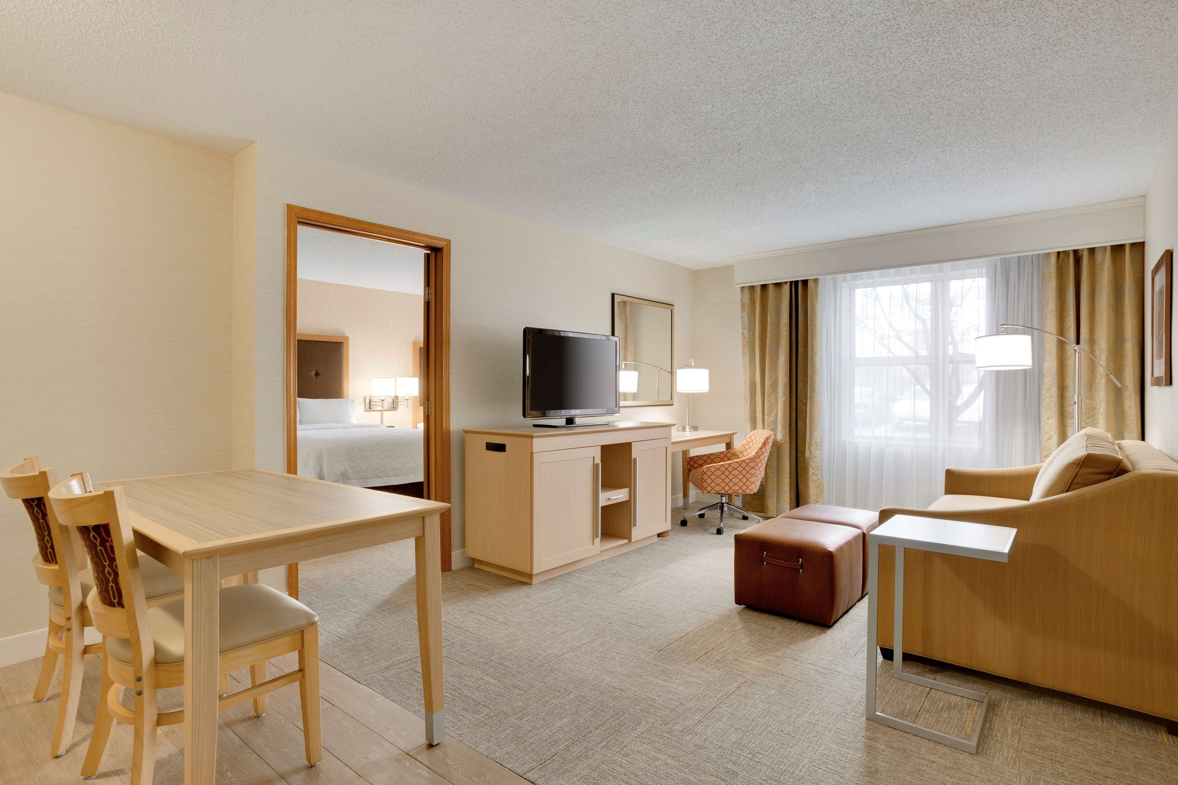 Hampton Inn & Suites Cleveland/Independence image 14
