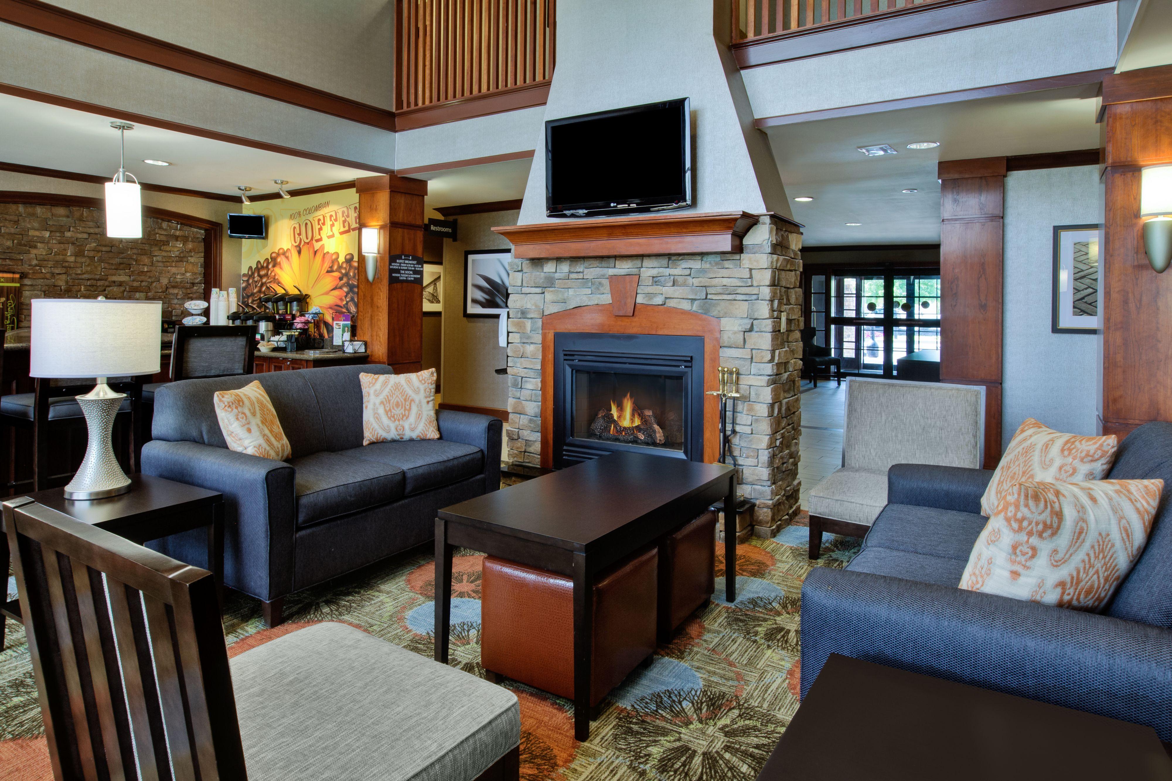 Staybridge Suites Louisville-East image 7