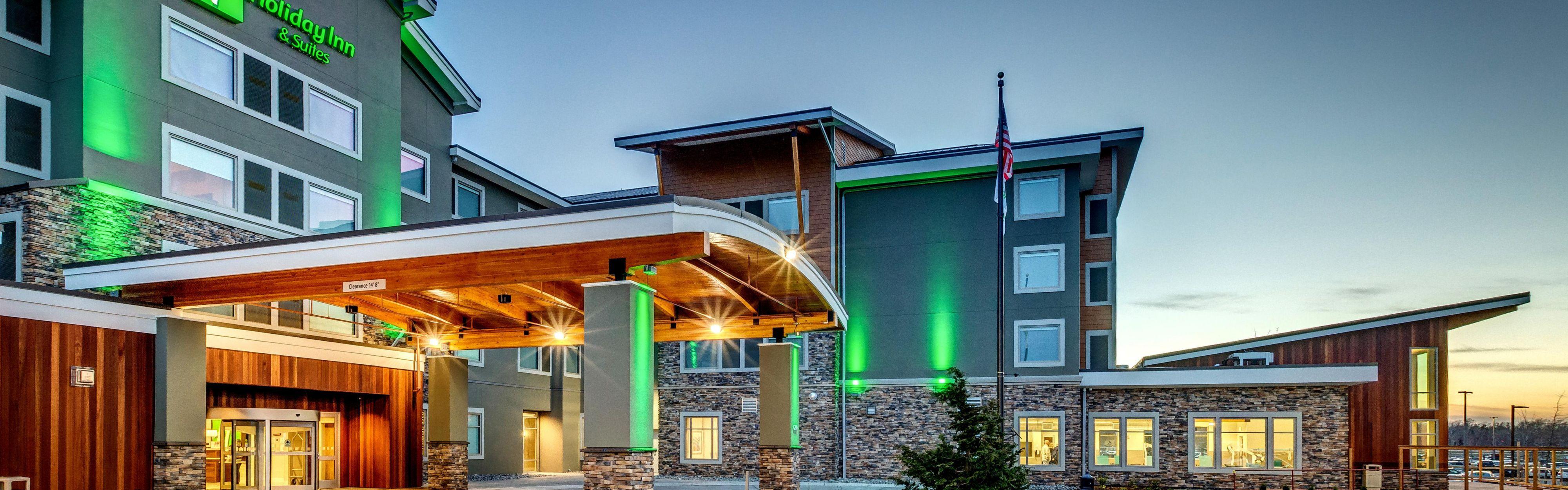 Holiday Inn & Suites Bellingham image 0