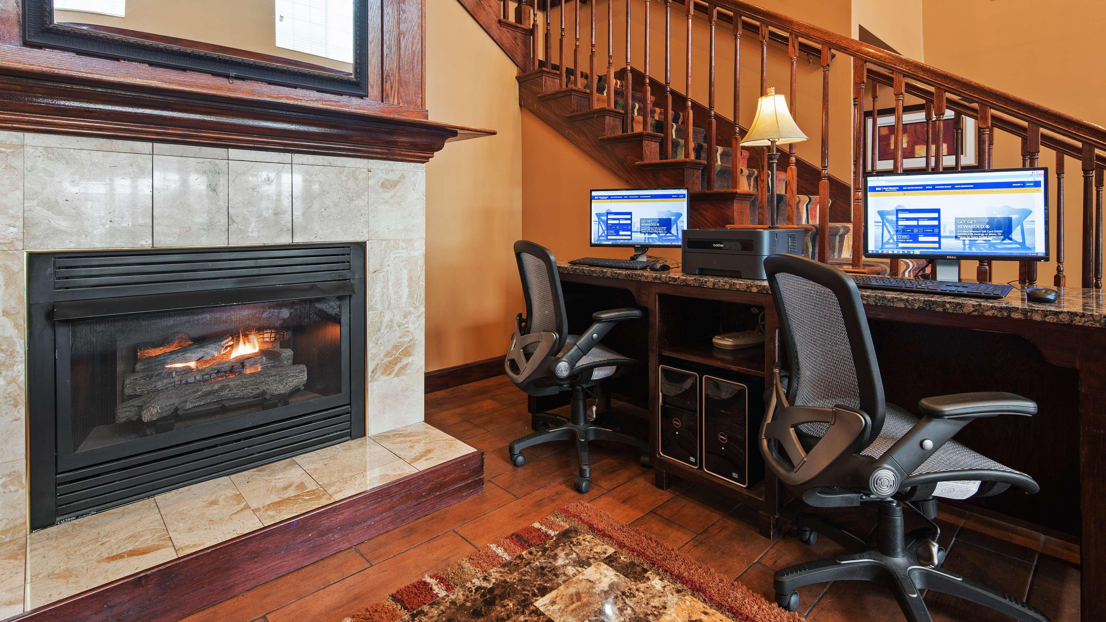 Best Western Plus Fort Wayne Inn & Suites North image 27