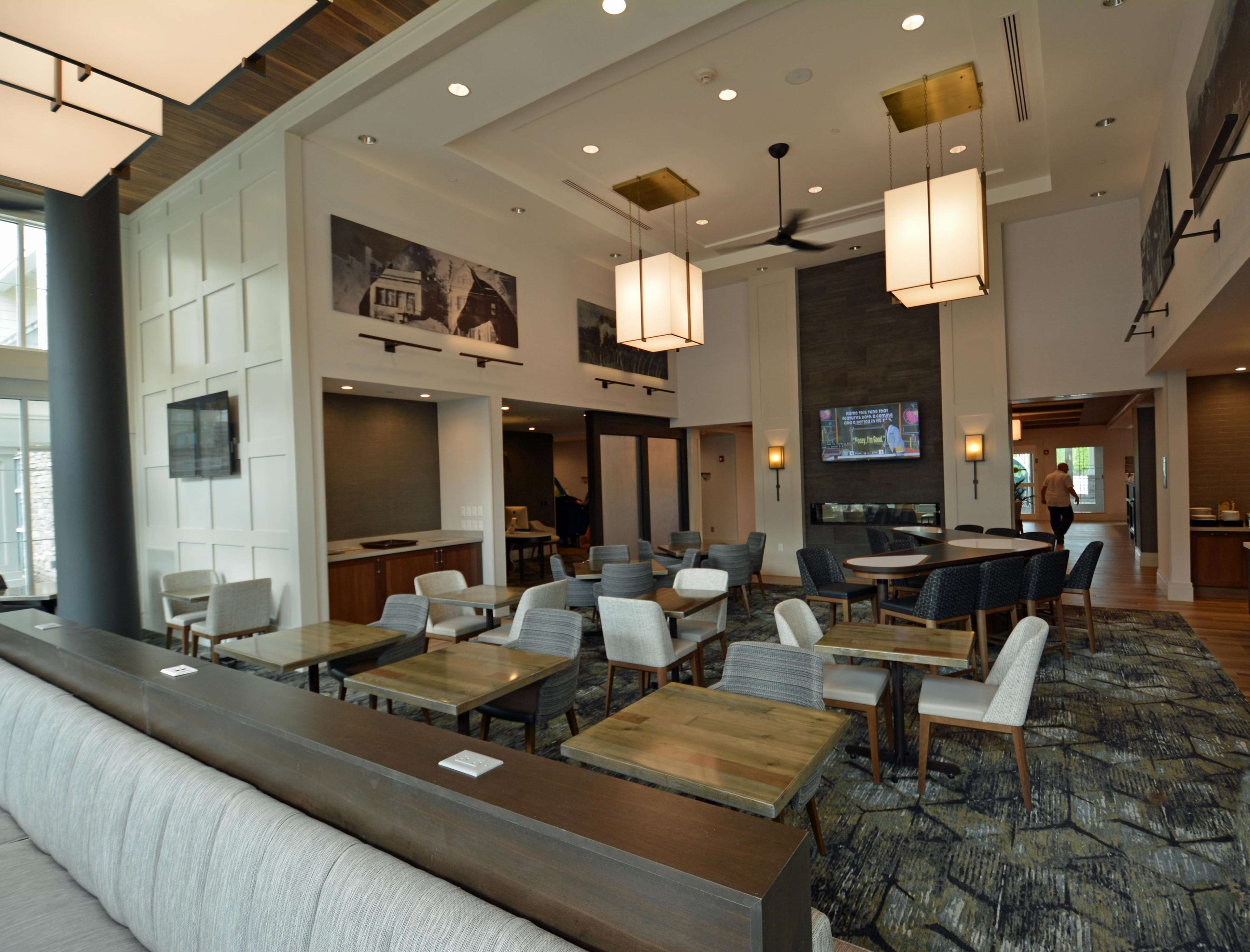 Homewood Suites by Hilton Saratoga Springs image 1