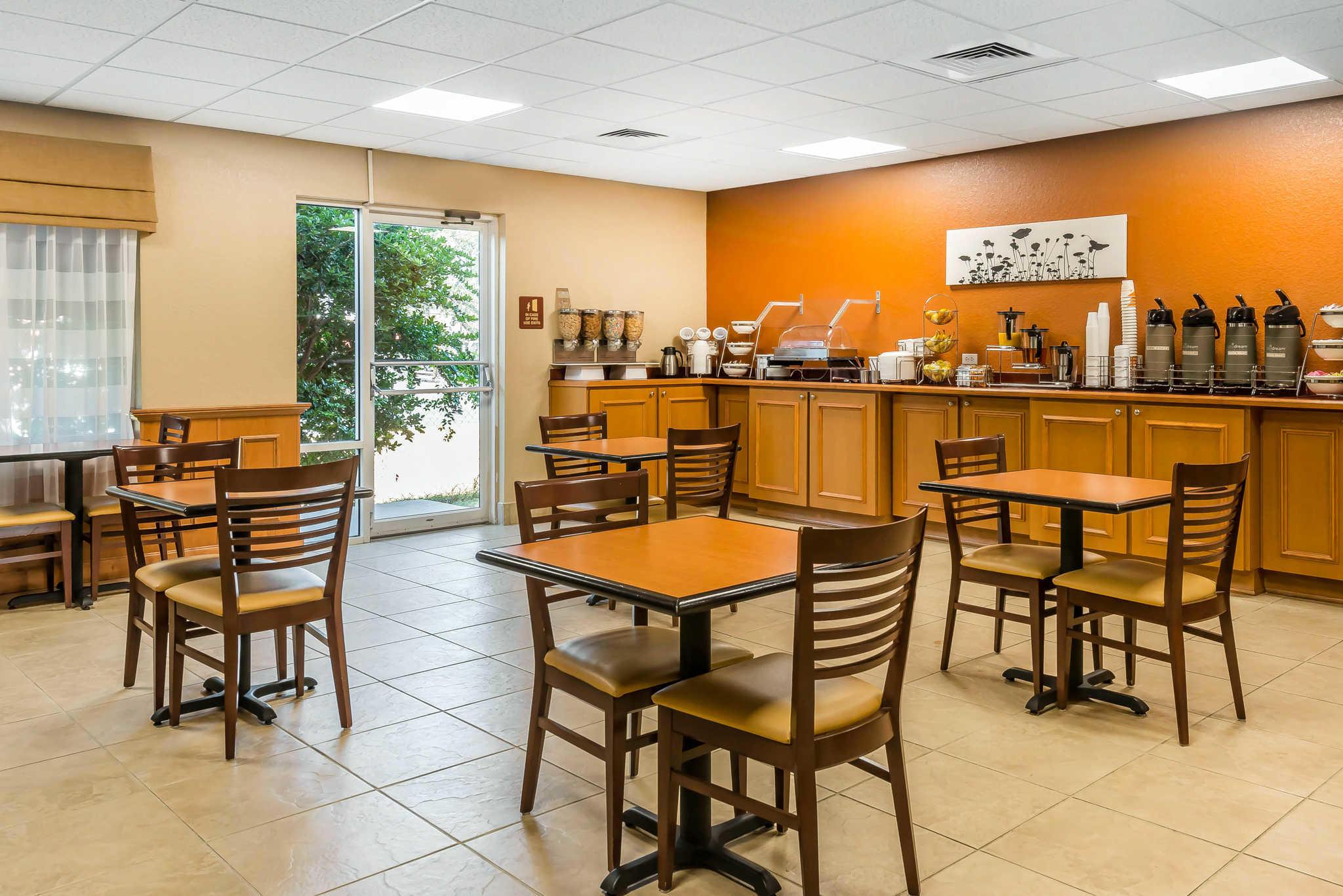 Sleep Inn & Suites Ocala - Belleview image 31