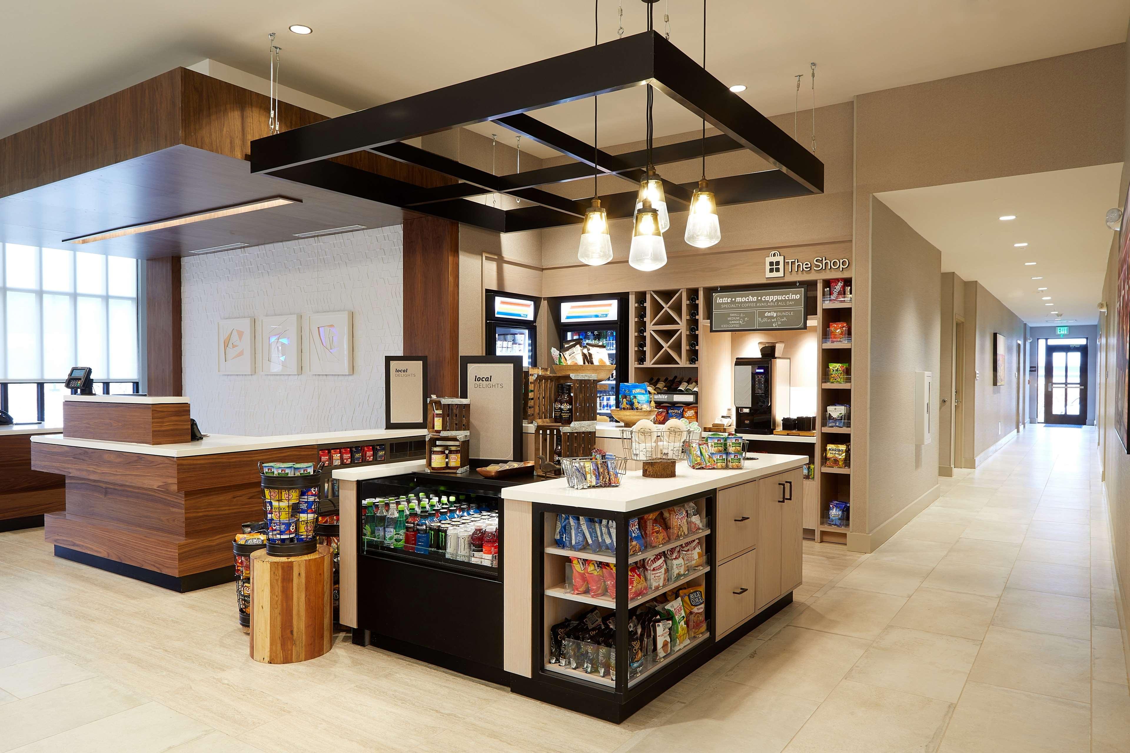 Hilton Garden Inn Elizabethtown image 4
