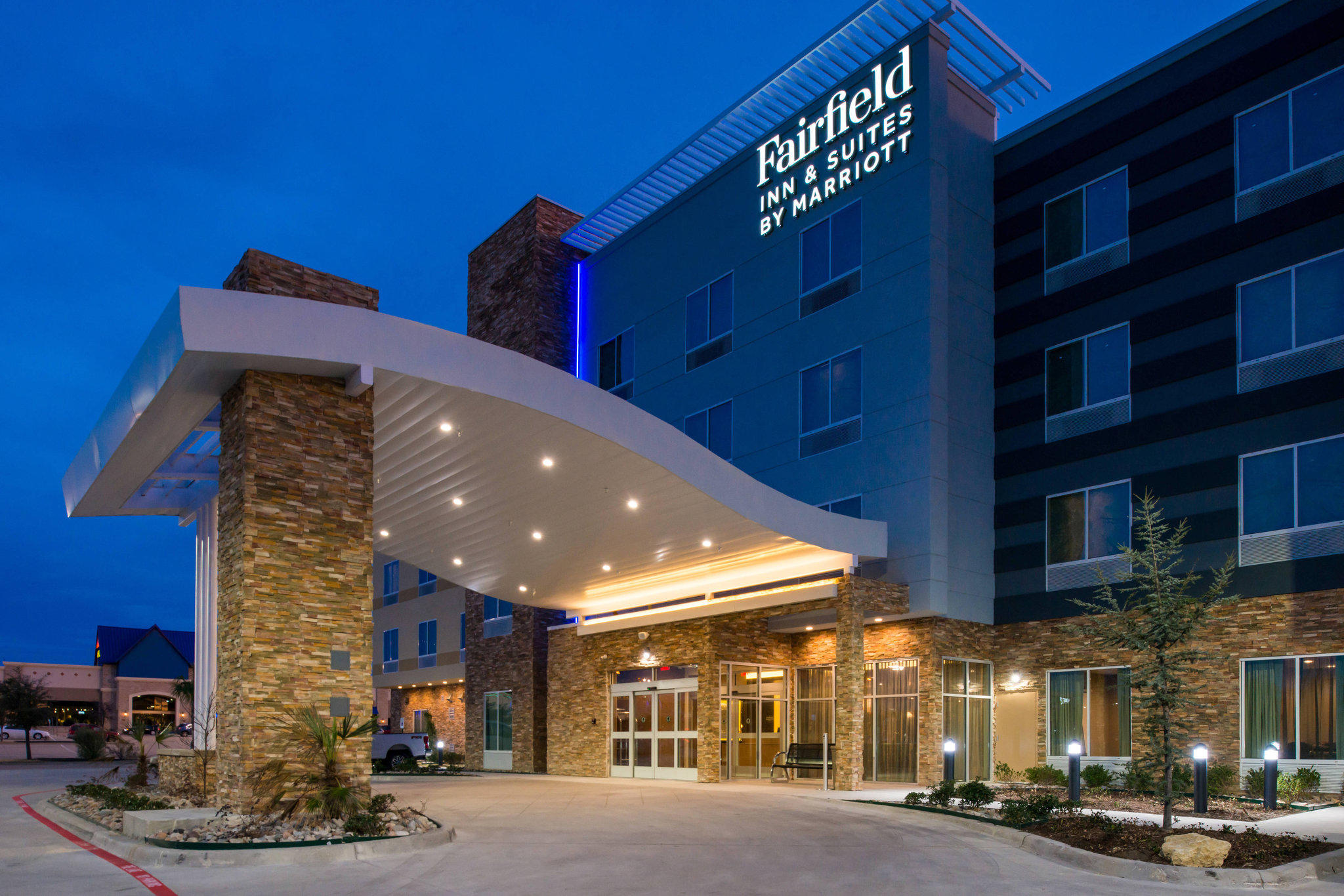 Fairfield Inn & Suites by Marriott Fort Worth Southwest at Cityview