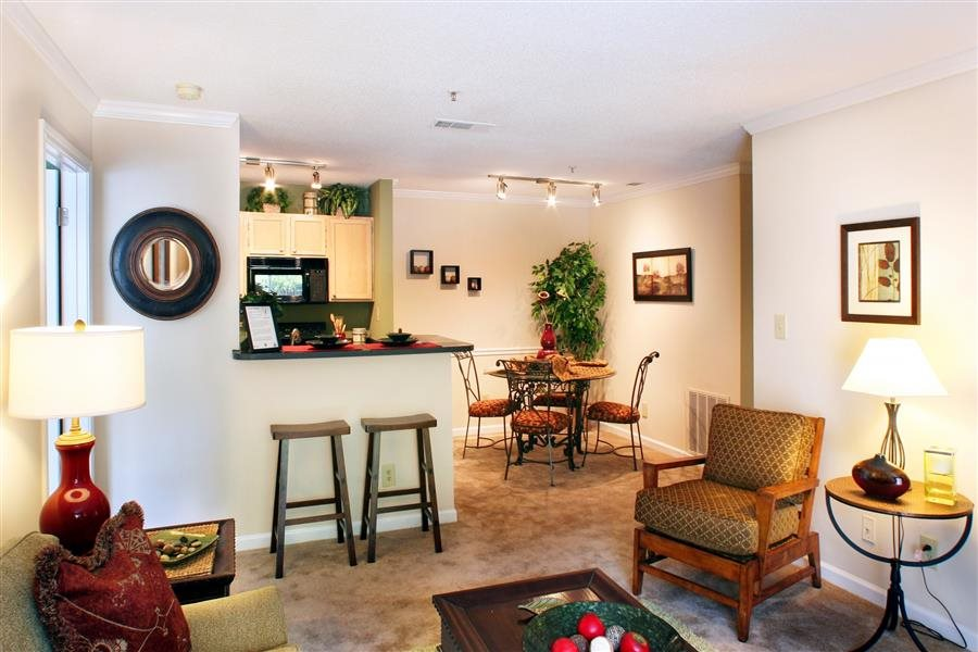 Briarcliff Apartments image 6