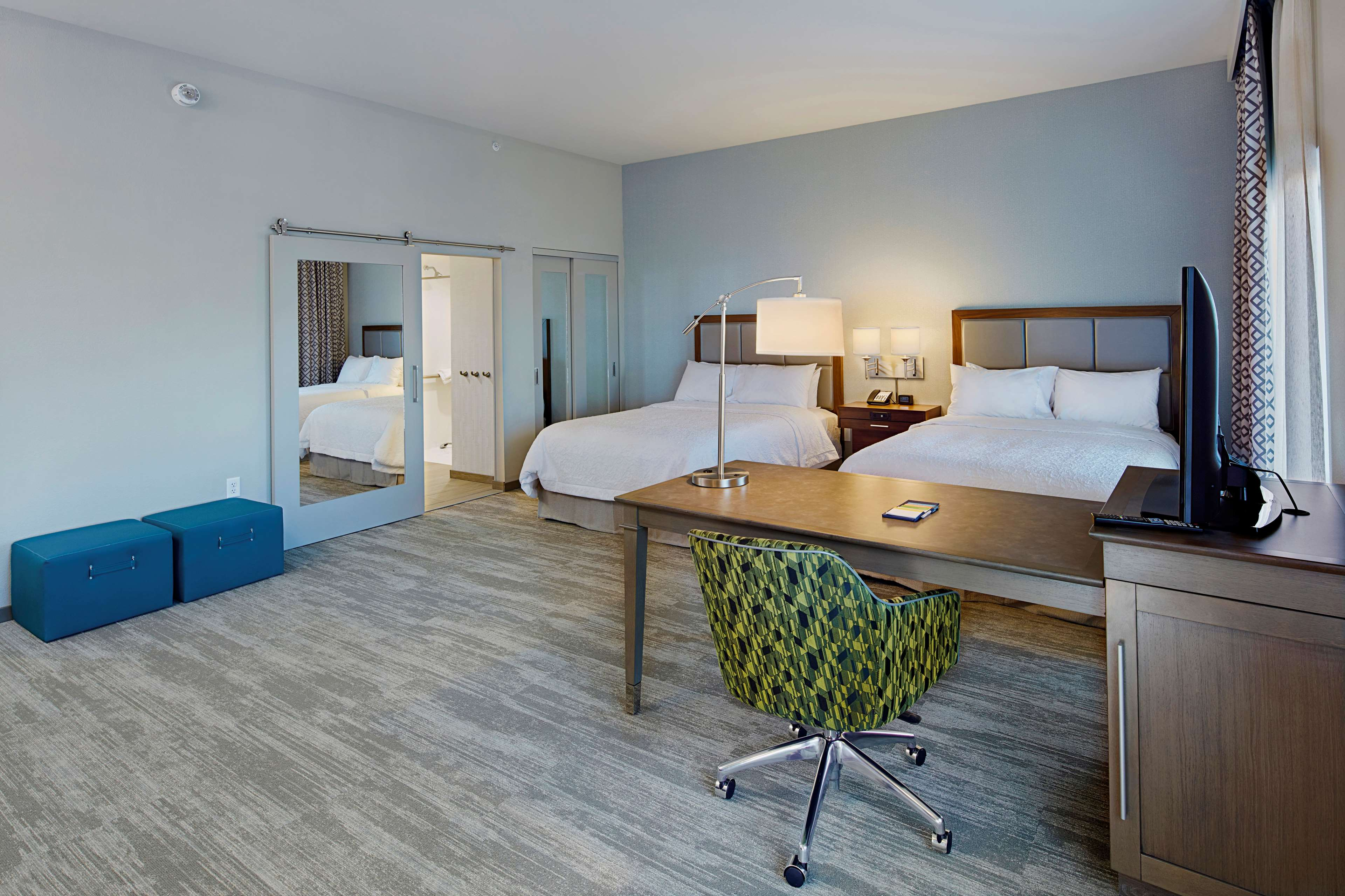 Hampton Inn & Suites Sacramento at CSUS image 28