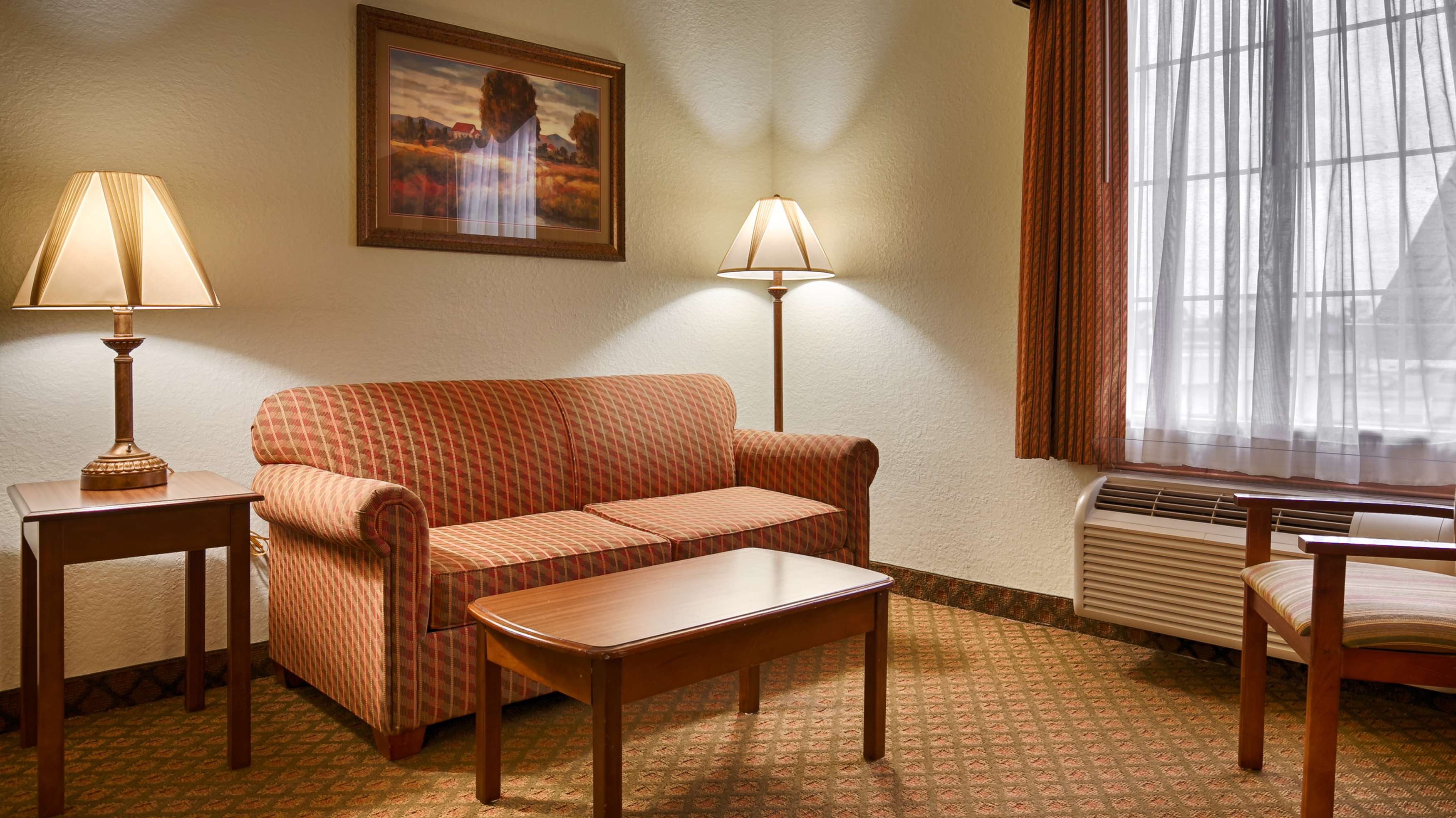 Best Western Plus Bradbury Inn & Suites image 9