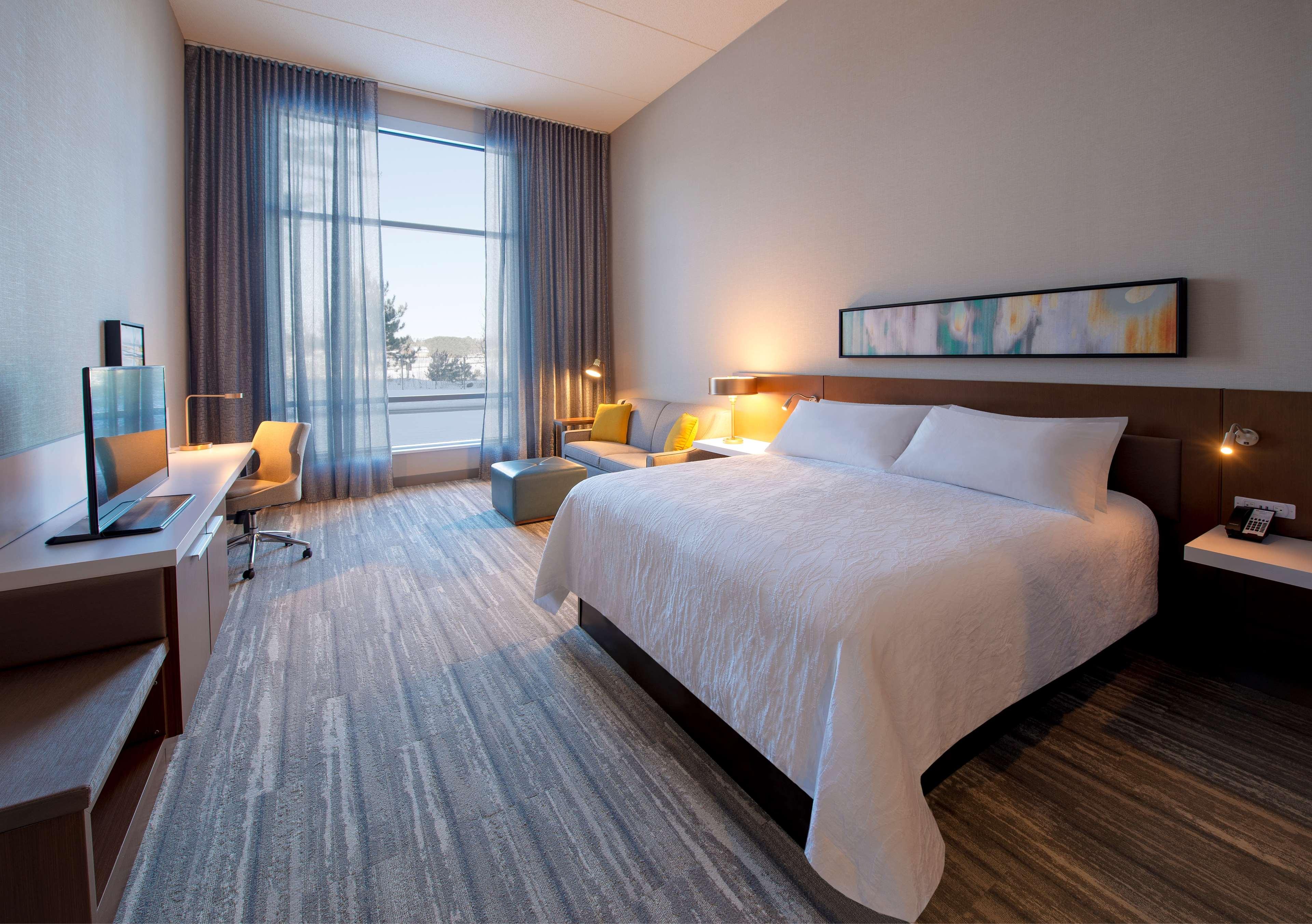 Hilton Garden Inn Wausau image 9