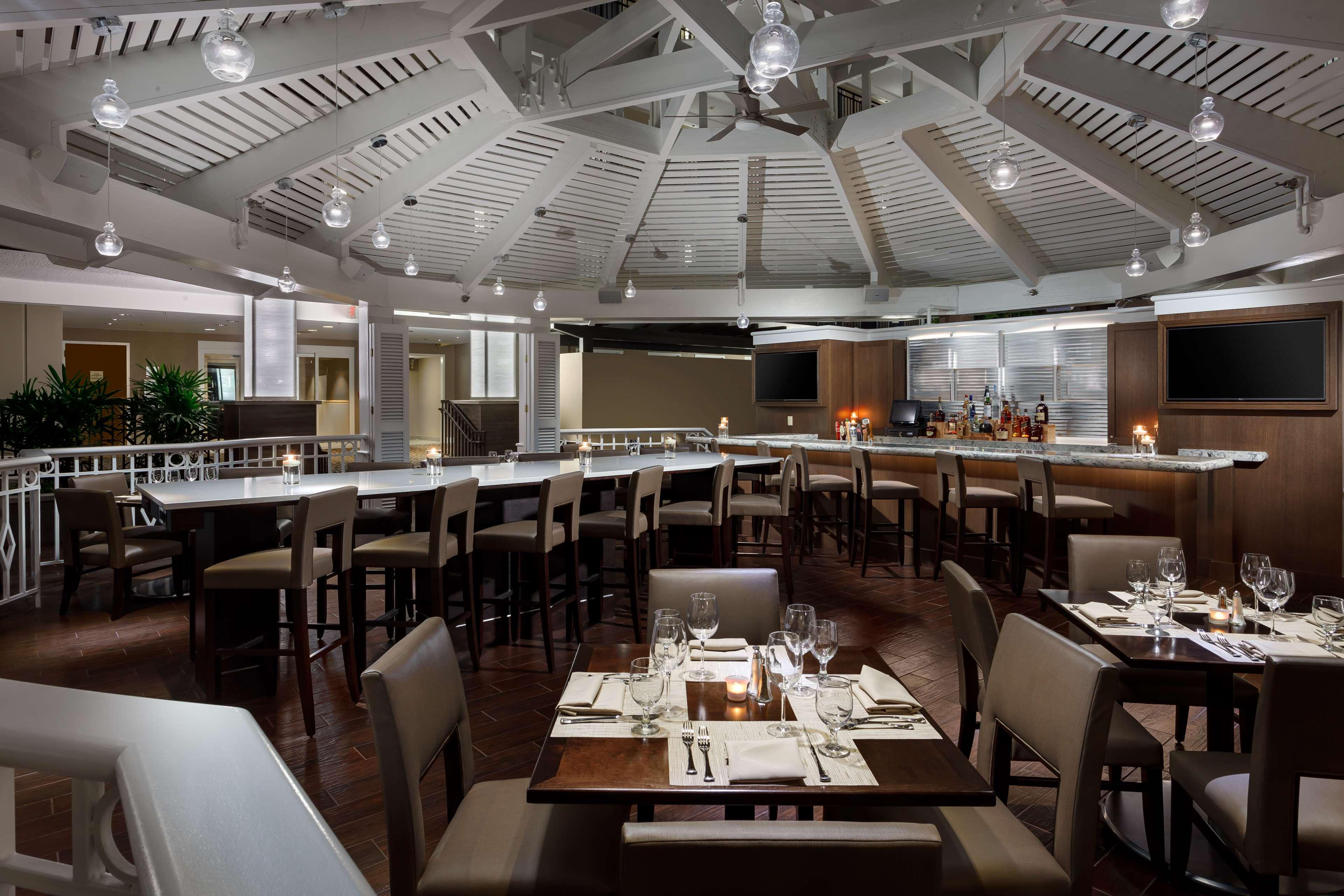 Embassy Suites by Hilton Orlando Lake Buena Vista Resort image 12