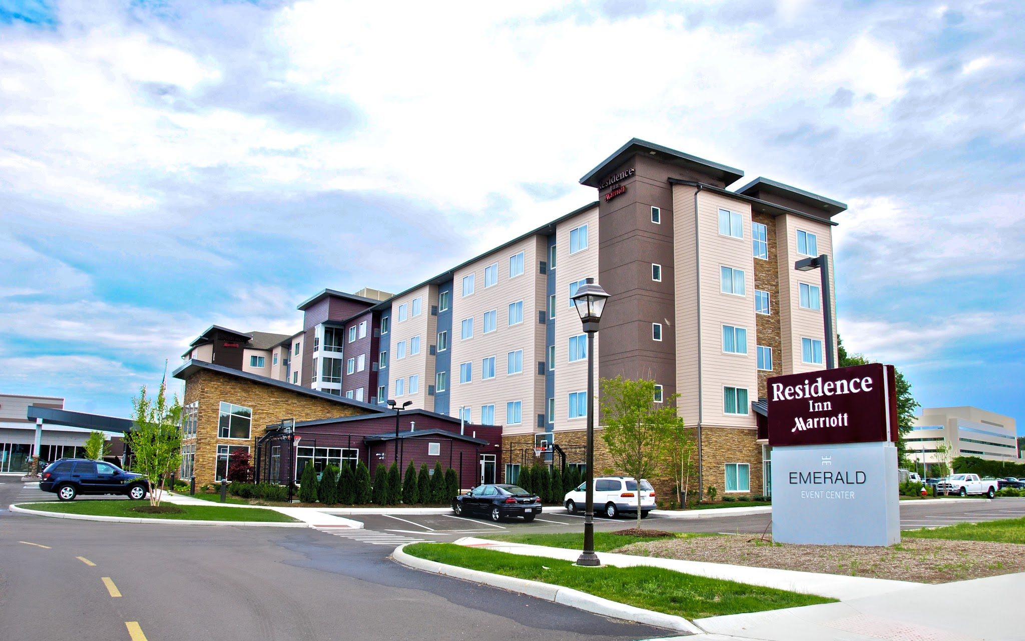 Residence Inn by Marriott Cleveland Avon at The Emerald Event Center image 0
