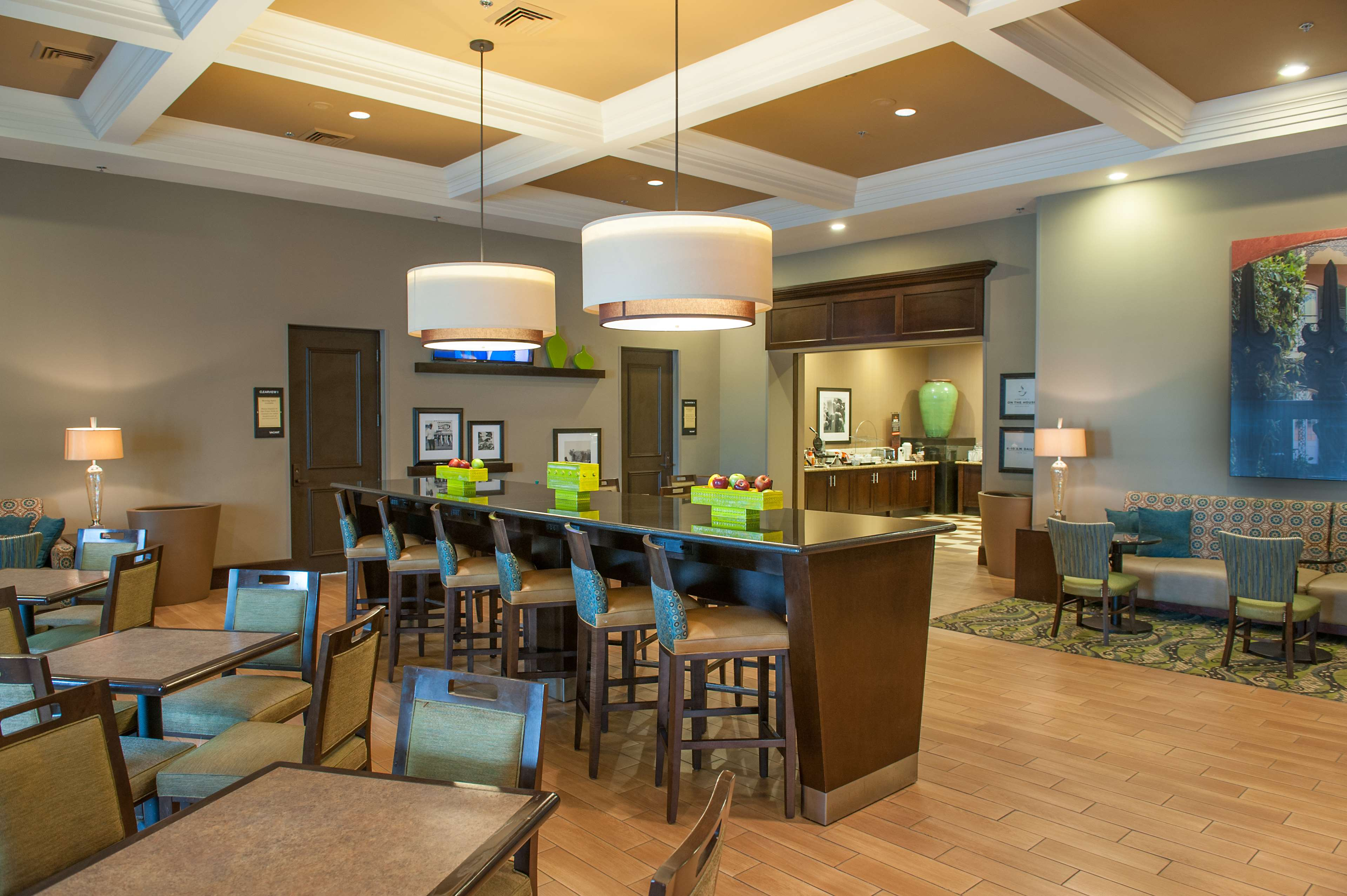 Hampton Inn & Suites New Orleans-Elmwood/Clearview Parkway Area image 7