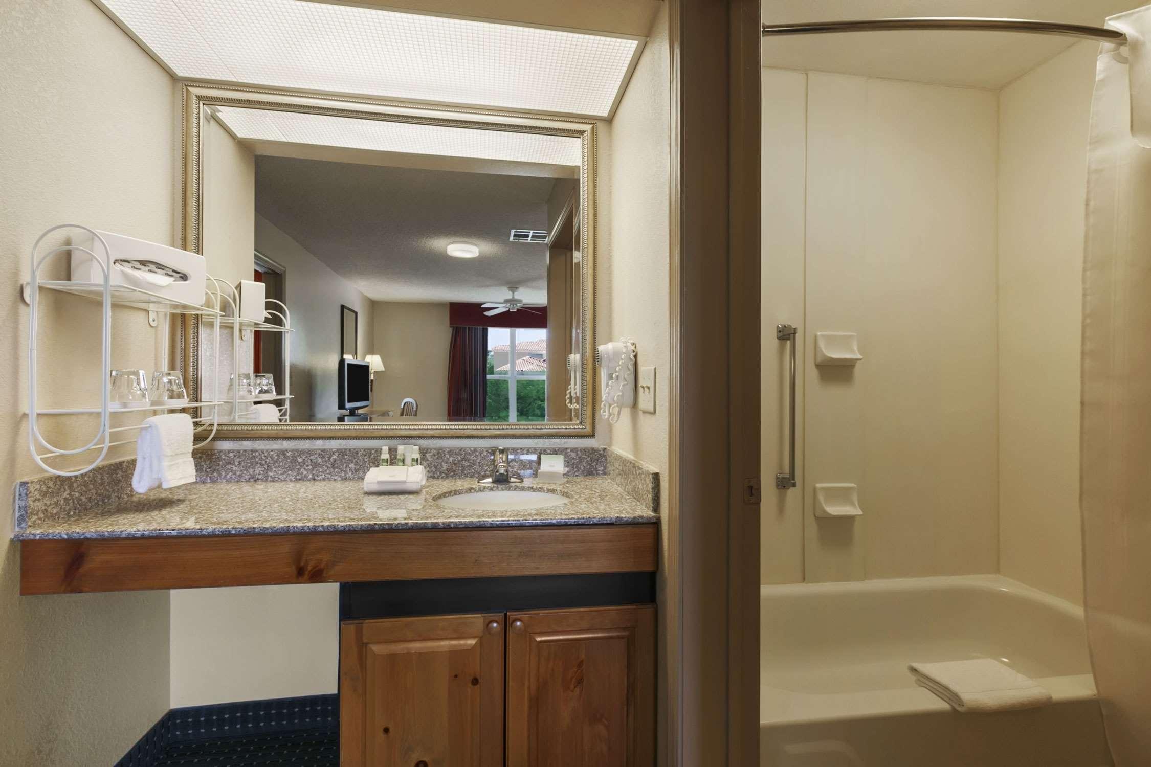 Homewood Suites by Hilton Phoenix/Scottsdale image 14
