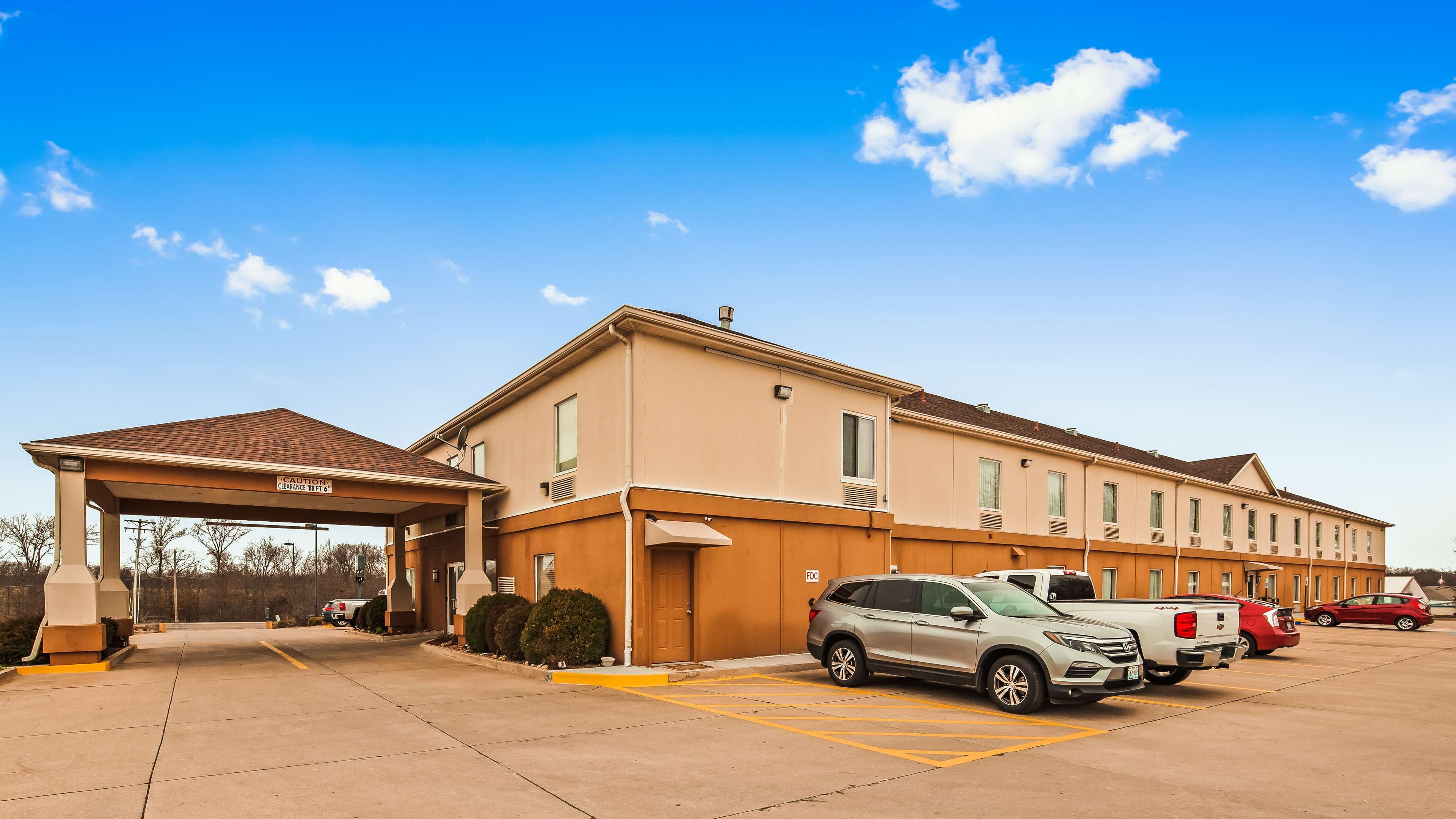 Best Western Teal Lake Inn image 2