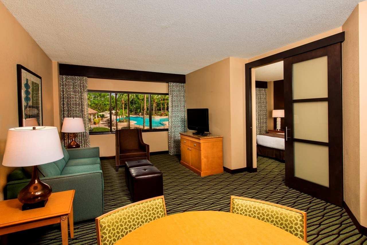 DoubleTree Suites by Hilton Orlando - Disney Springs Area image 3