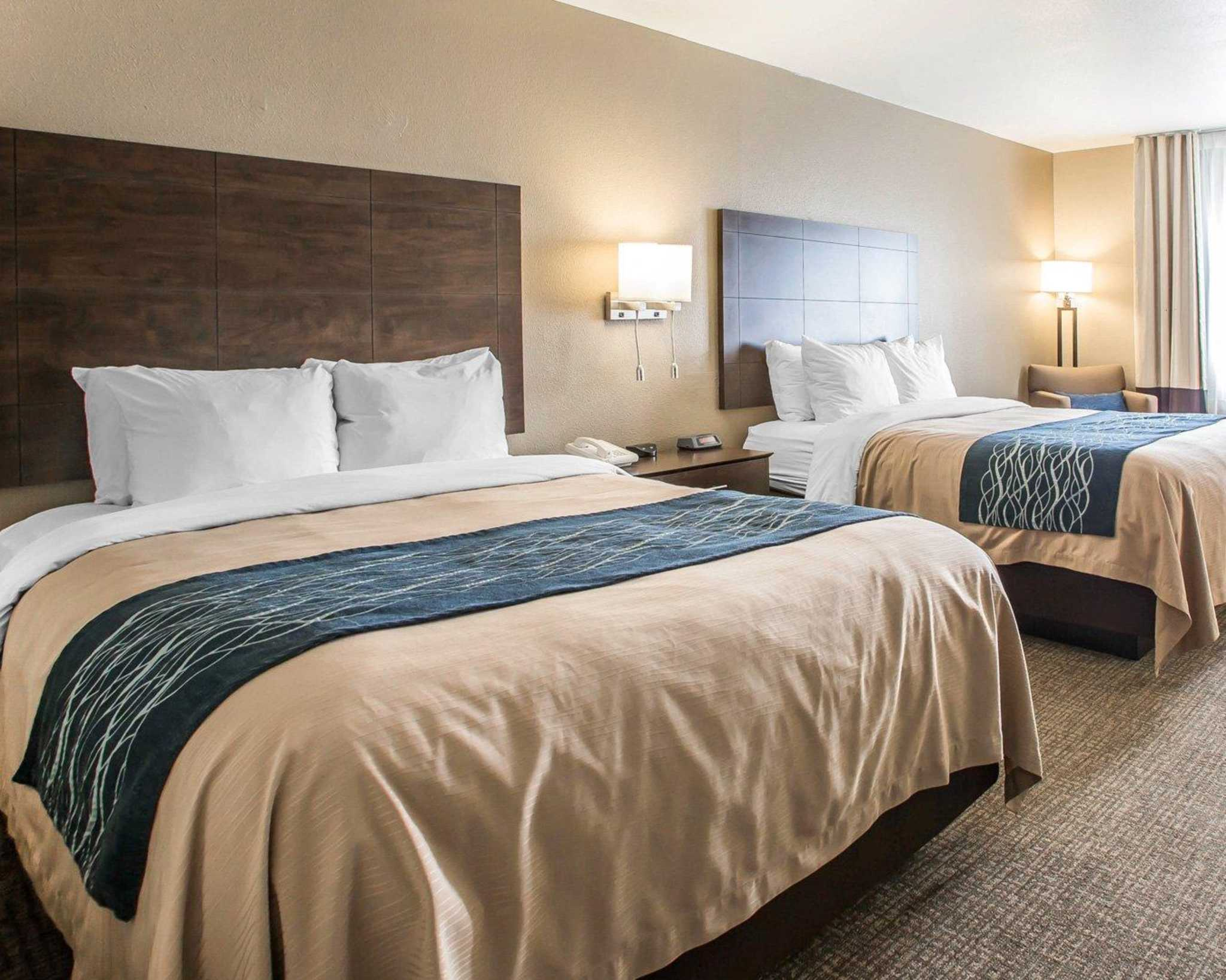 Comfort Inn & Suites Waterloo – Cedar Falls image 9