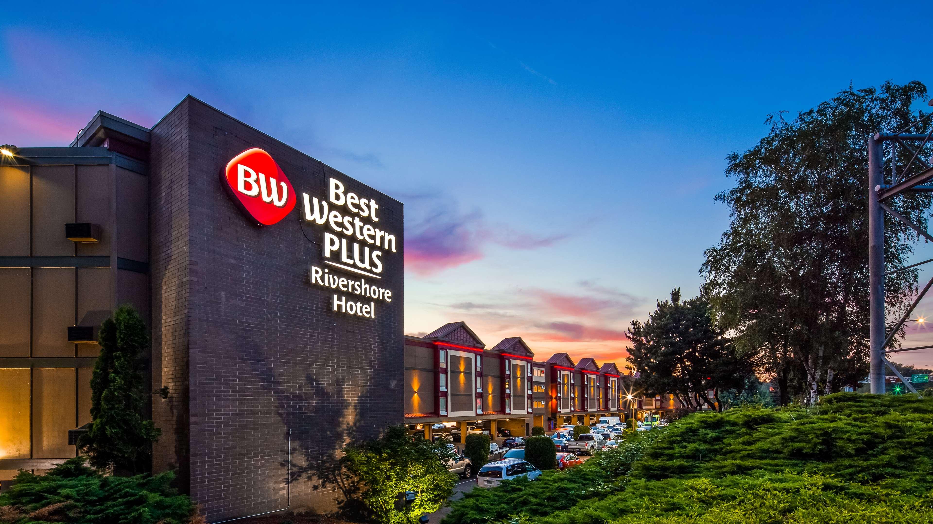 Best Western Plus Rivershore Hotel image 0