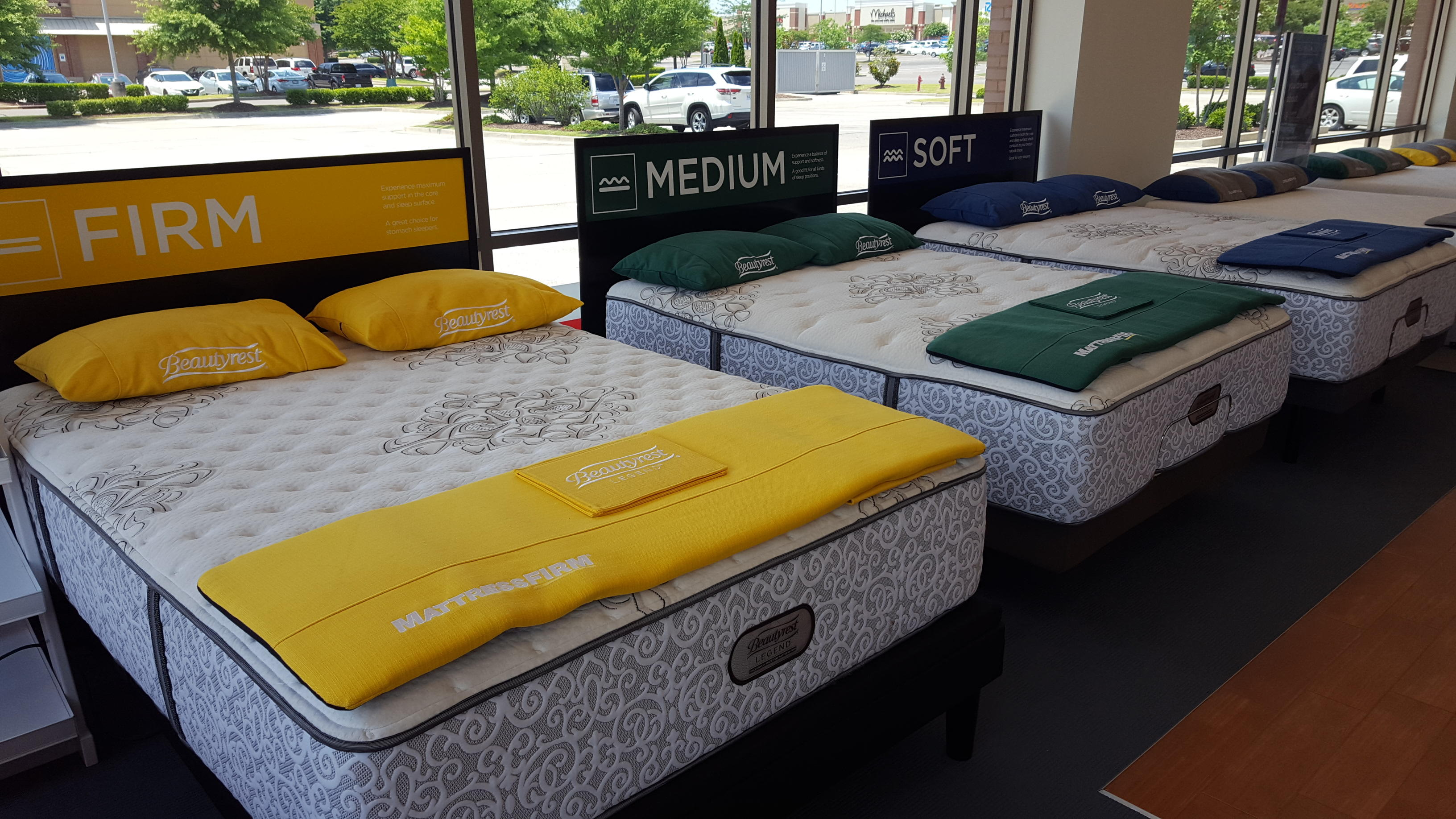 Mattress Firm Wedge Olive Branch image 6
