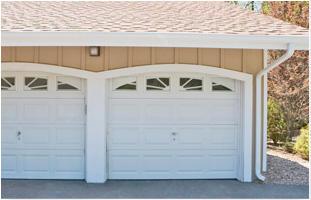 Efrain's Garage Doors image 3