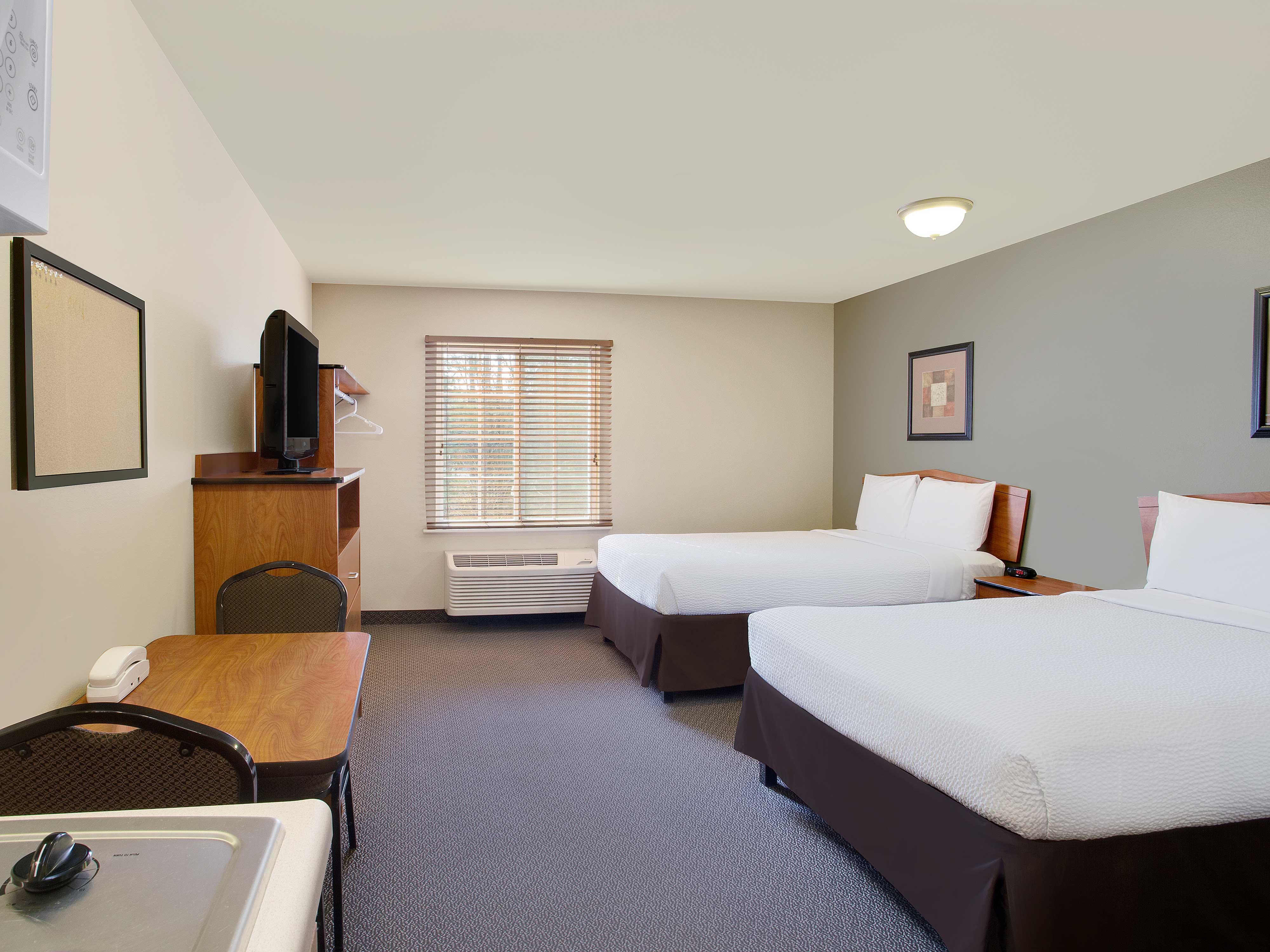 WoodSpring Suites Richmond West image 1