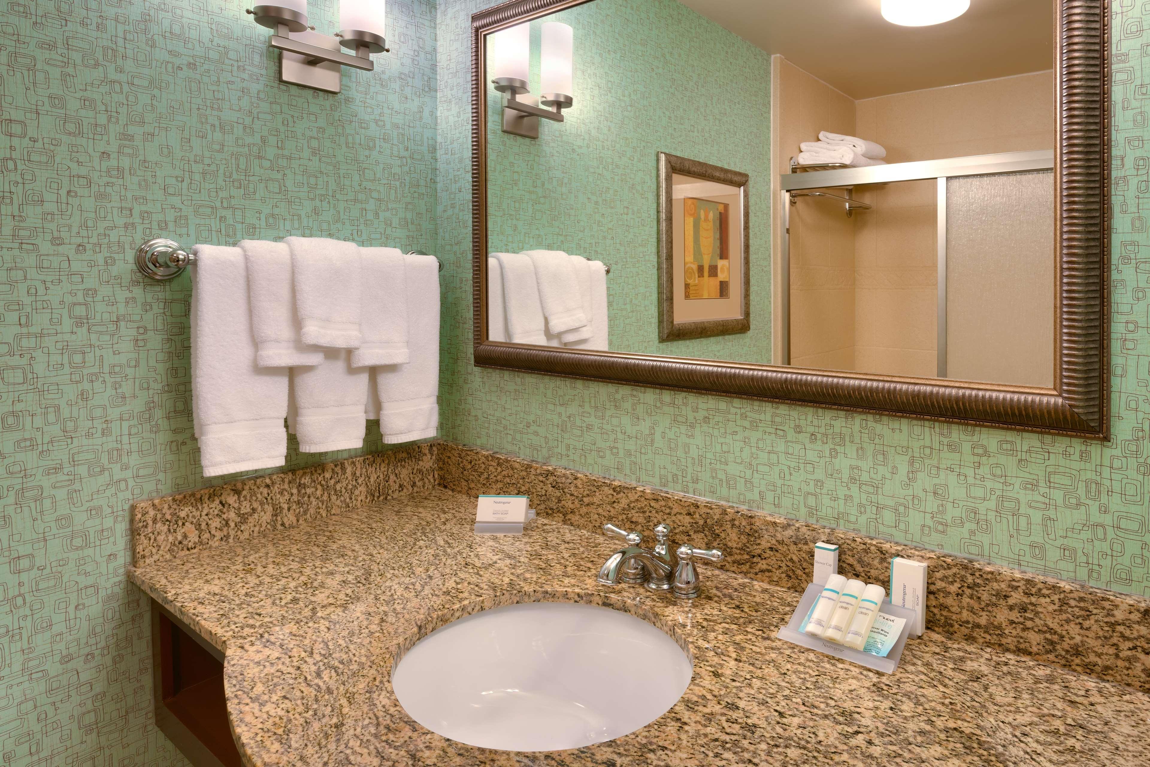 Hilton Garden Inn Clarksville image 24