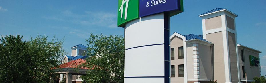 Holiday Inn Express & Suites Asheboro image 0