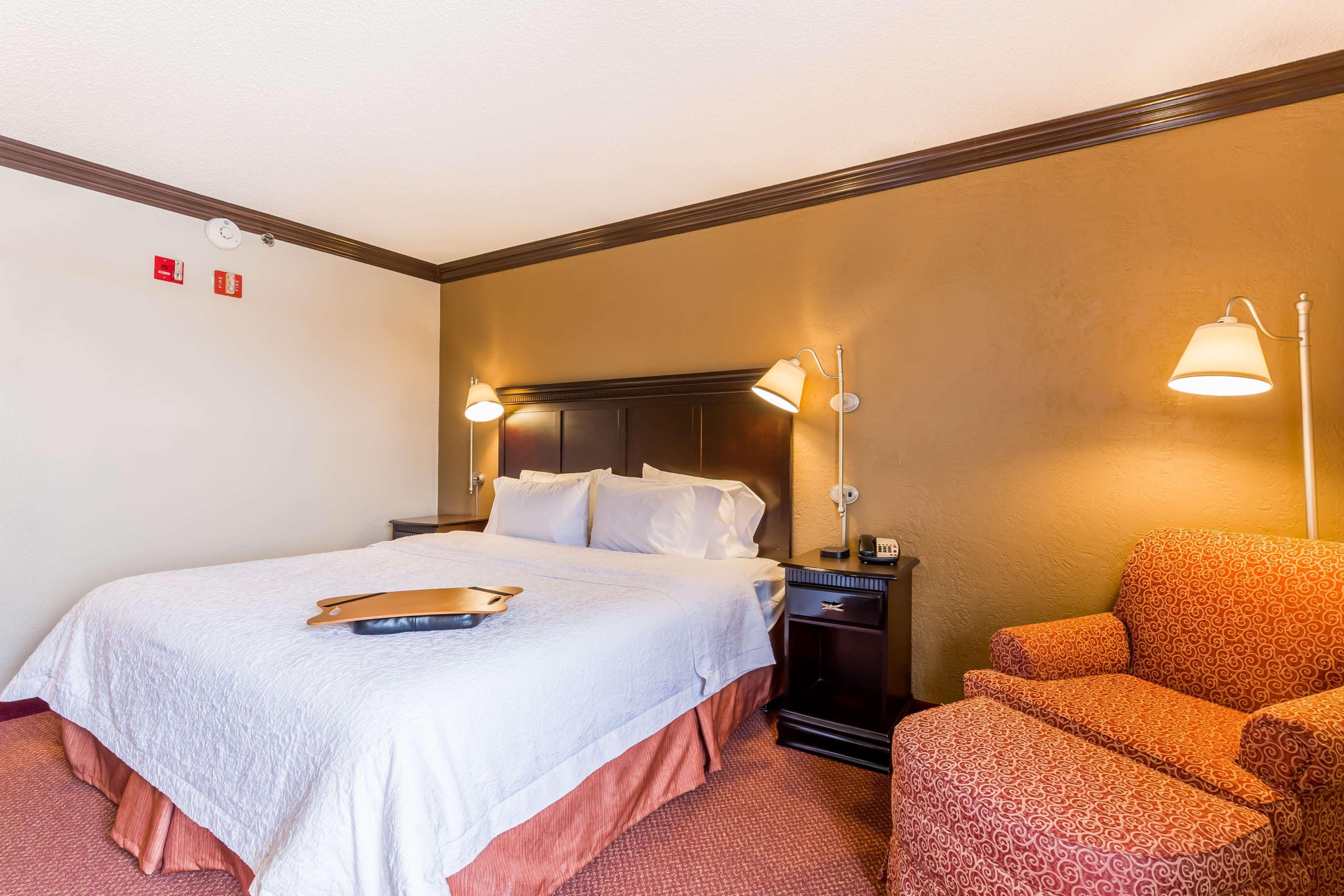 Hampton Inn & Suites Chicago/Hoffman Estates image 43