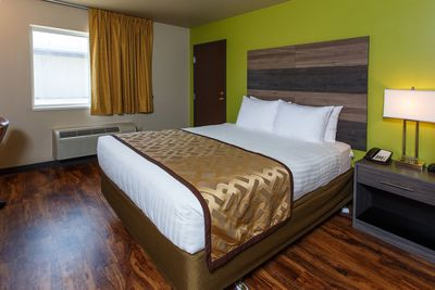 Hotel J Green Bay image 2