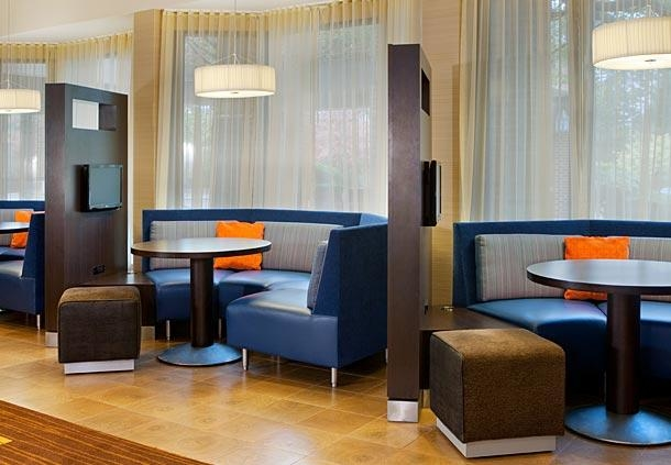 Courtyard by Marriott Boston Milford image 6