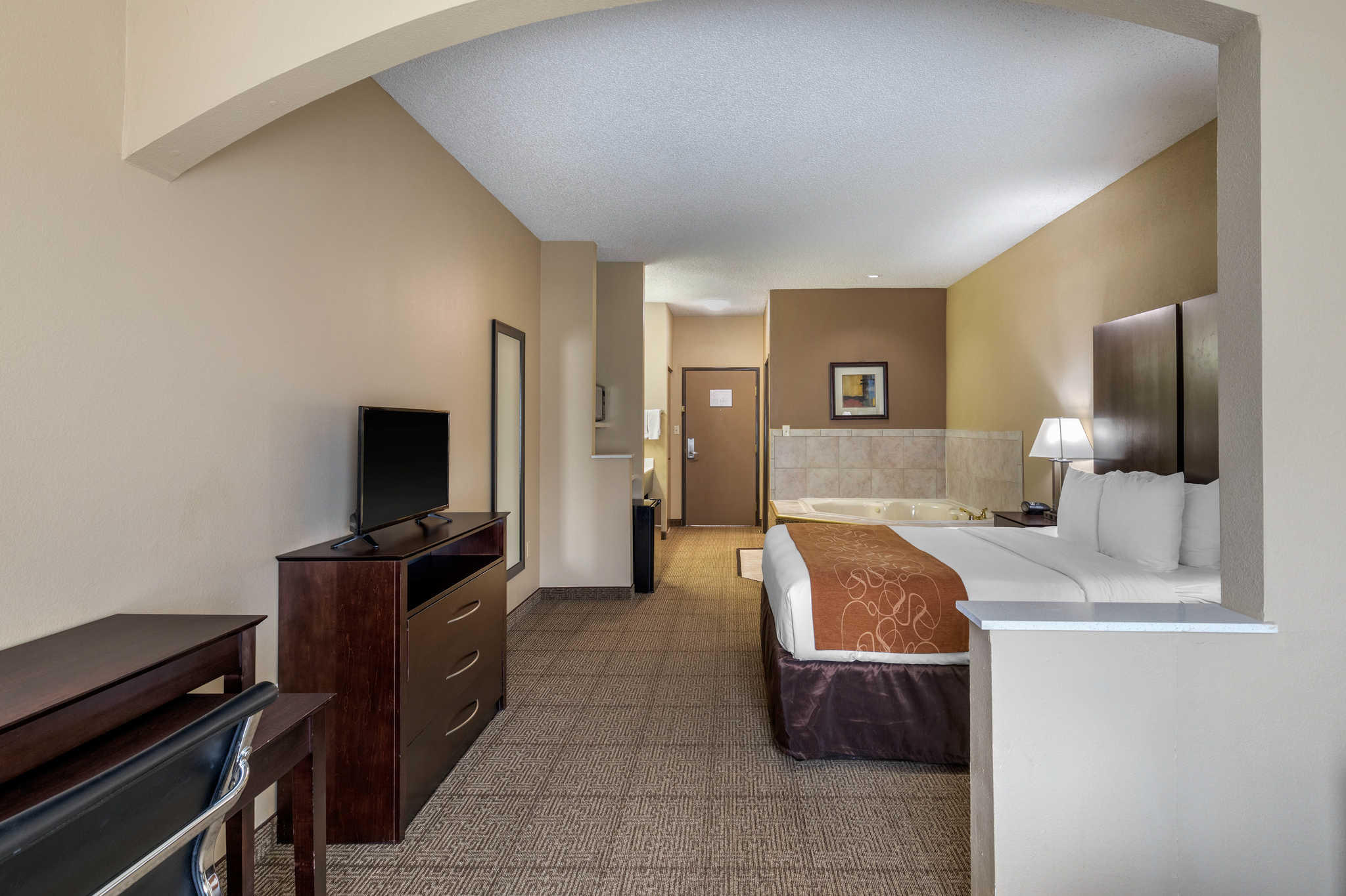 Comfort Suites The Colony - Plano West image 12