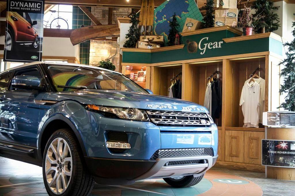 Land Rover Hoffman Estates image 1