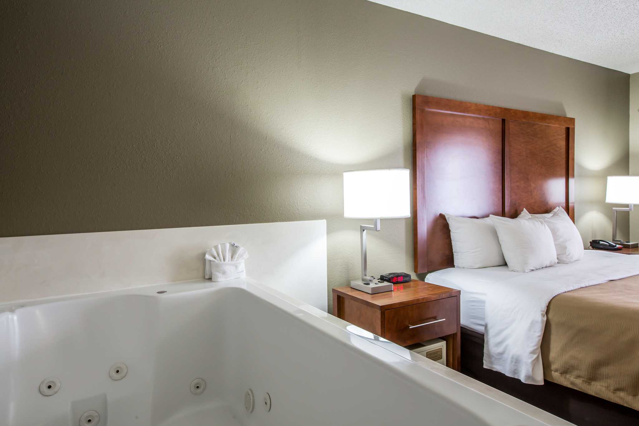 Comfort Inn & Suites at Dollywood Lane image 10