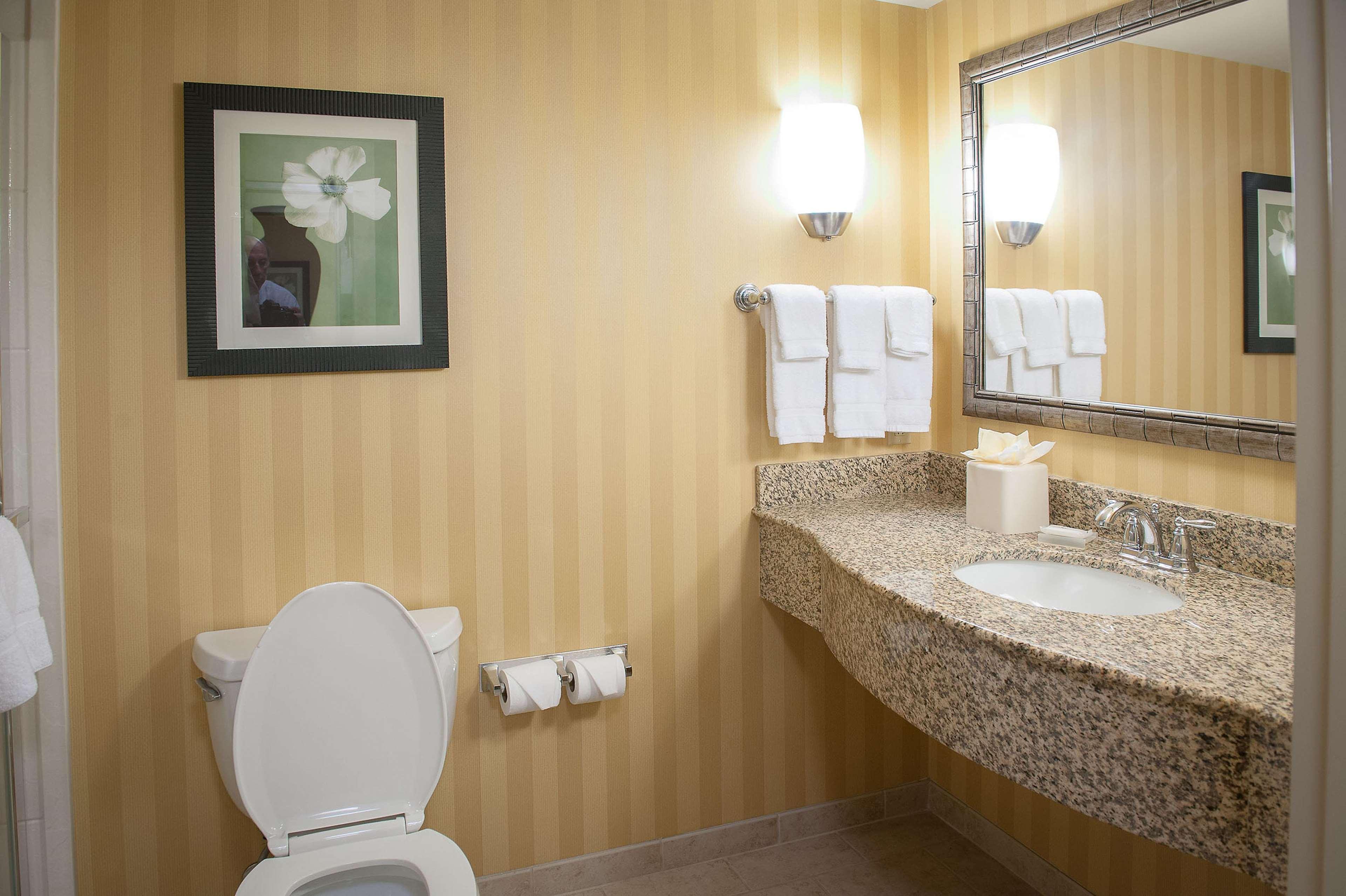 Hilton Garden Inn Pensacola Airport - Medical Center image 18