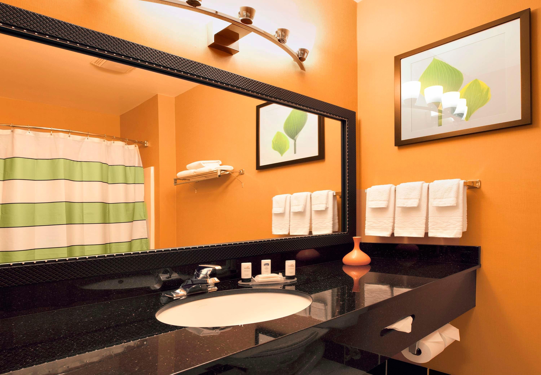 Fairfield Inn & Suites by Marriott Santa Rosa Sebastopol image 9