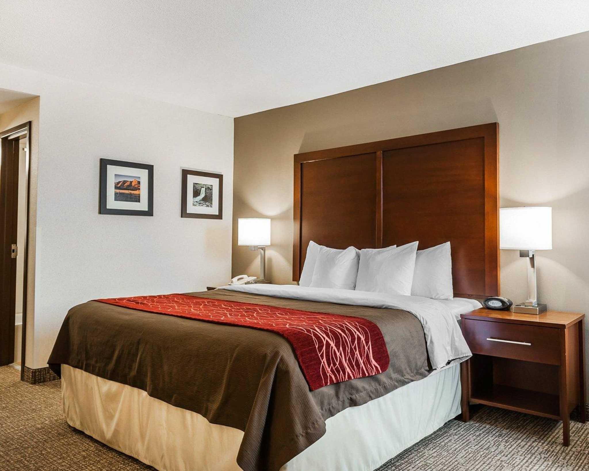 Comfort Inn Denver East image 10