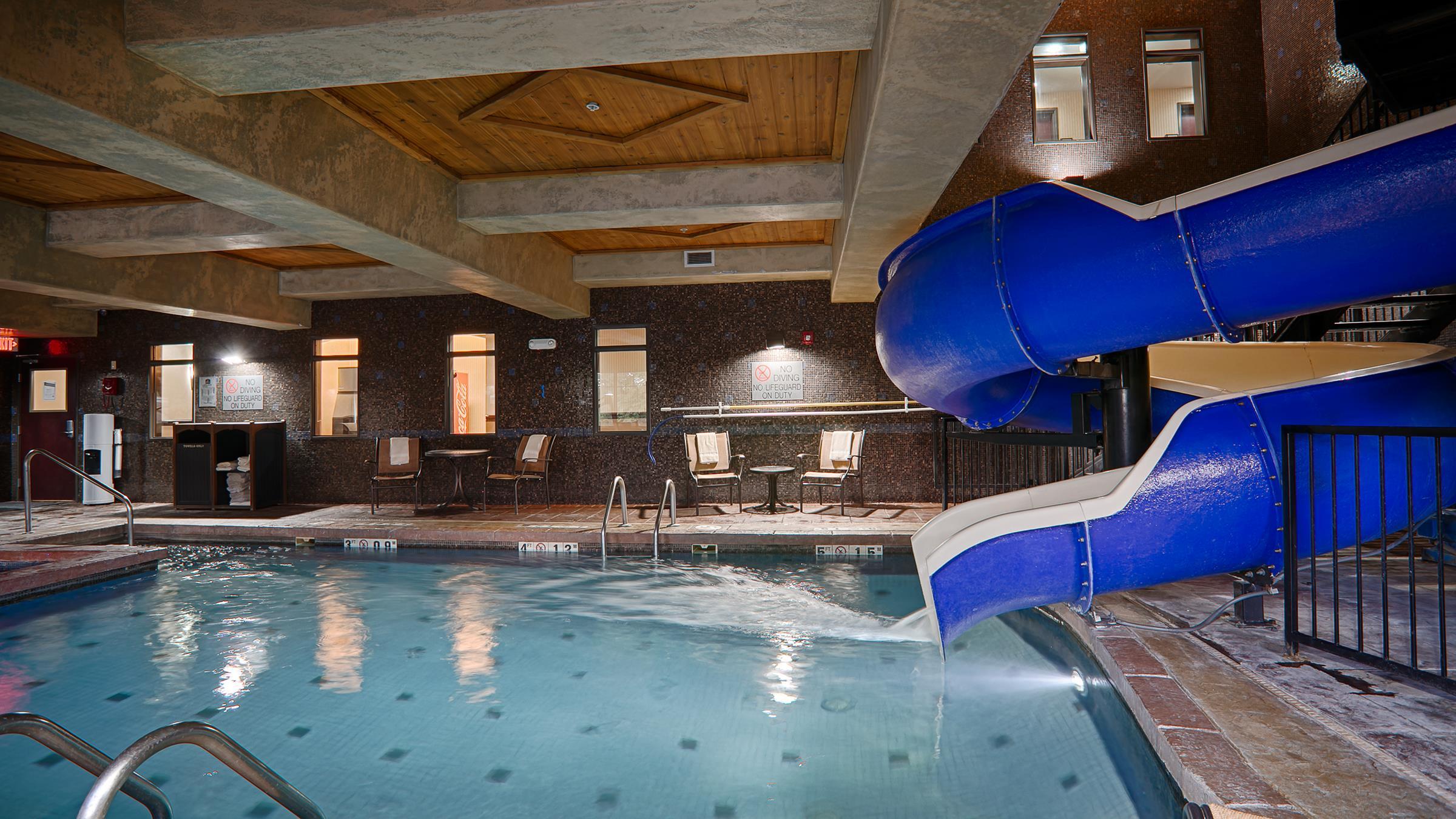 Best Western Premier Kc Speedway Inn Suites Kansas