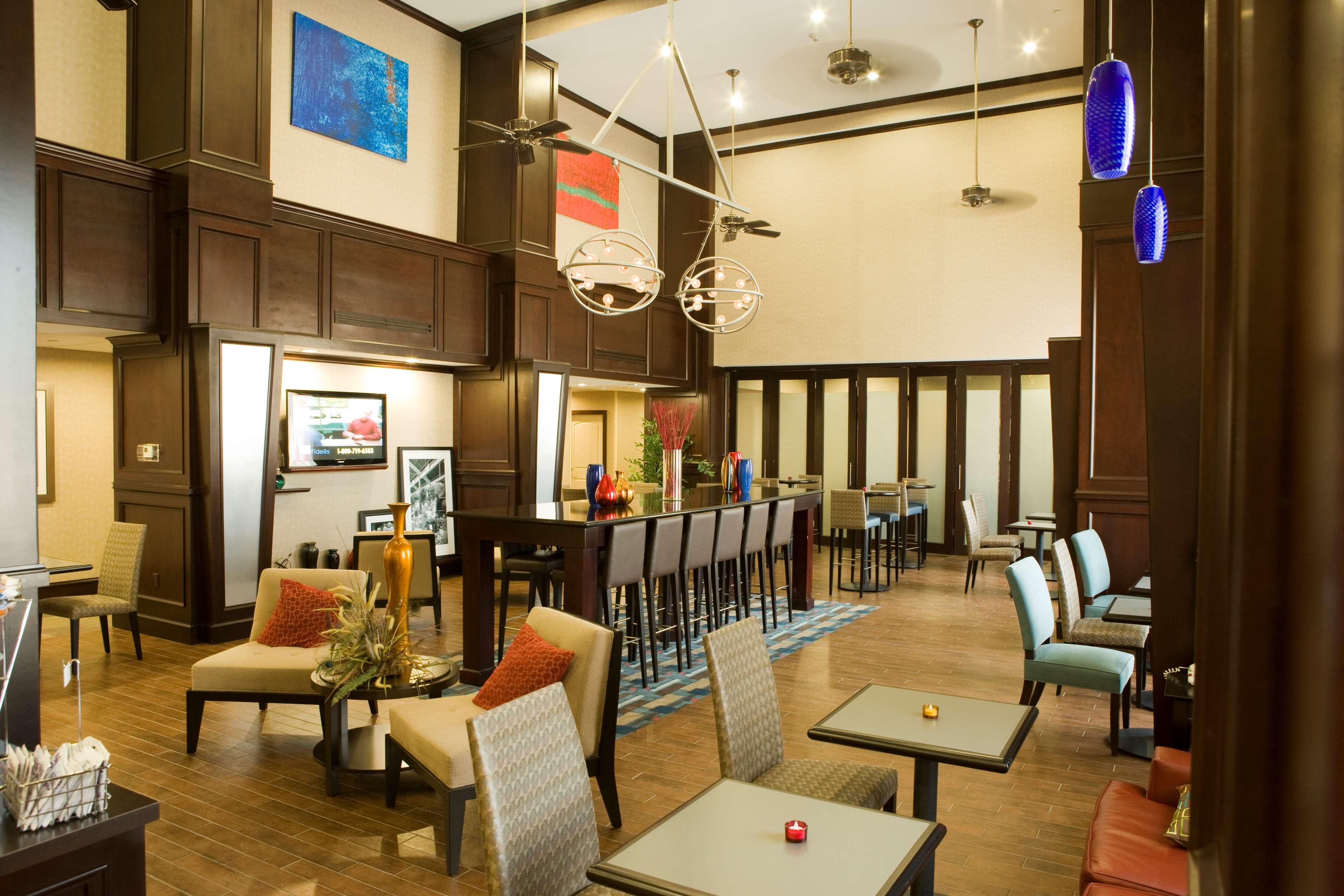 Hampton Inn & Suites Mount Pleasant image 6