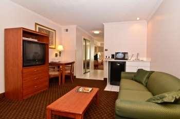 Best Western Ocean City Hotel & Suites image 21