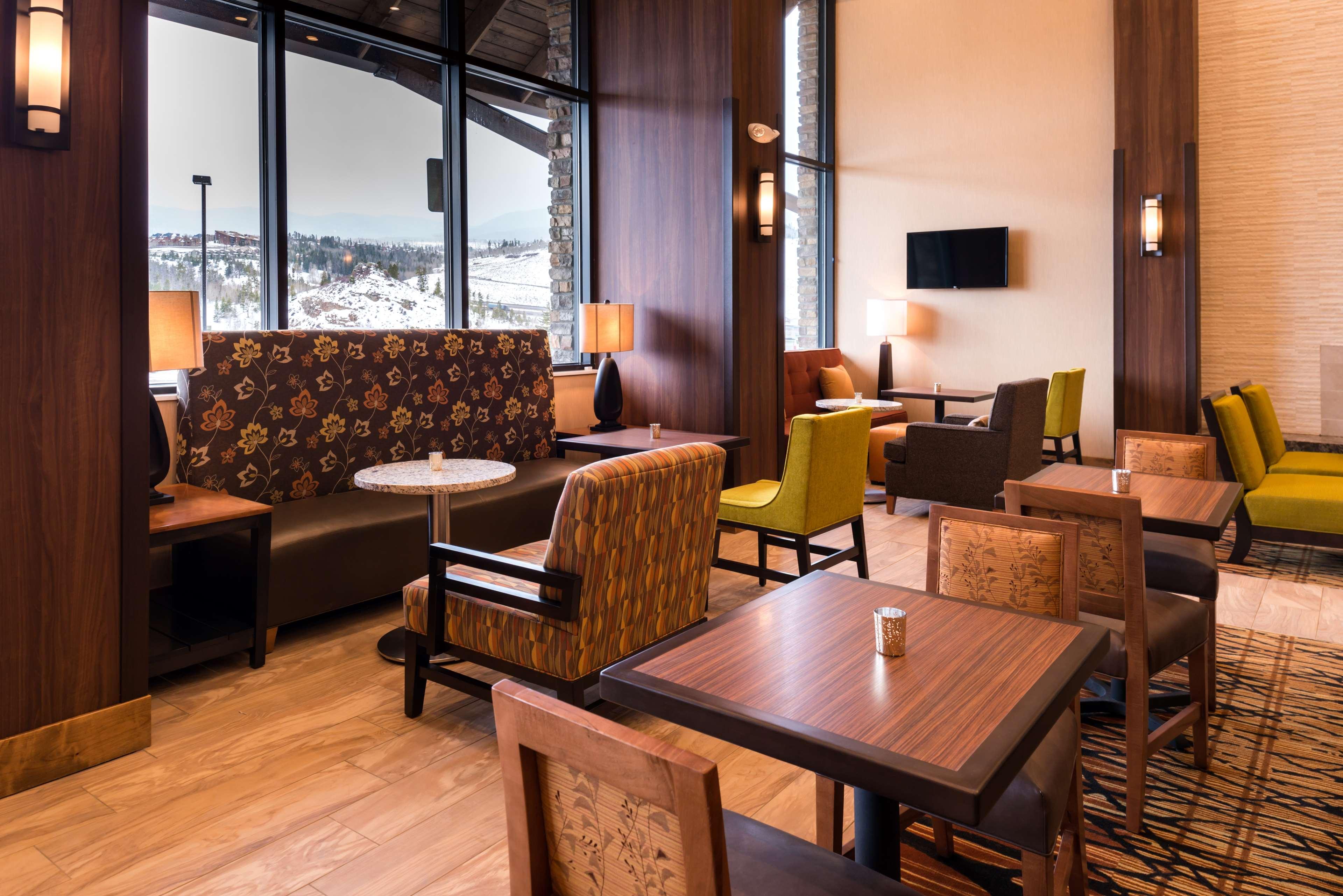 Hampton Inn & Suites Silverthorne image 8