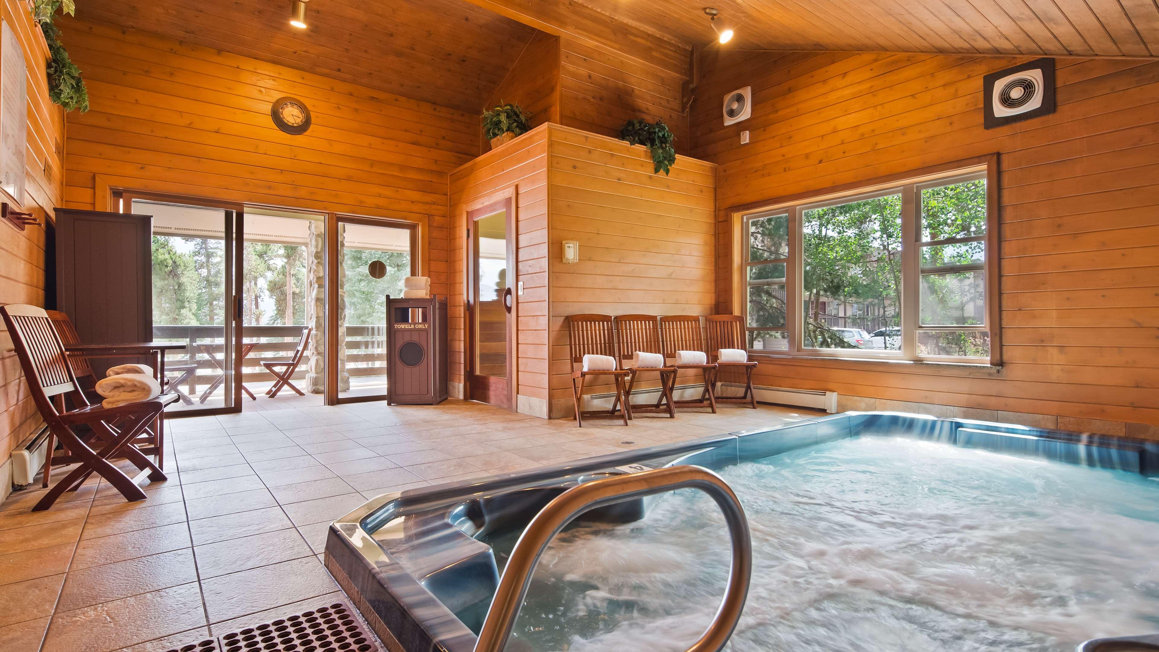 Best Western Ptarmigan Lodge image 9
