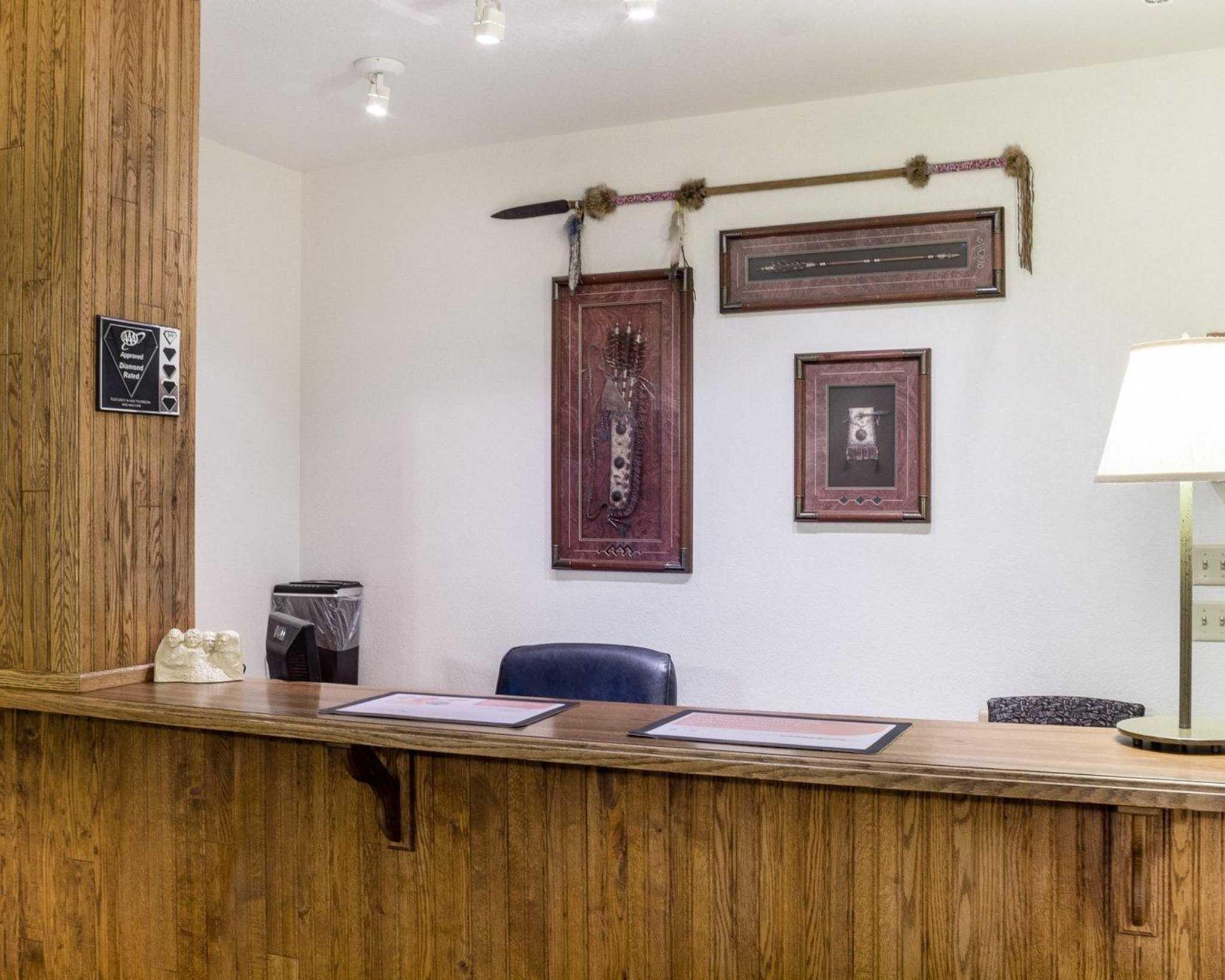 Econo Lodge Near Mt. Rushmore Memorial image 5