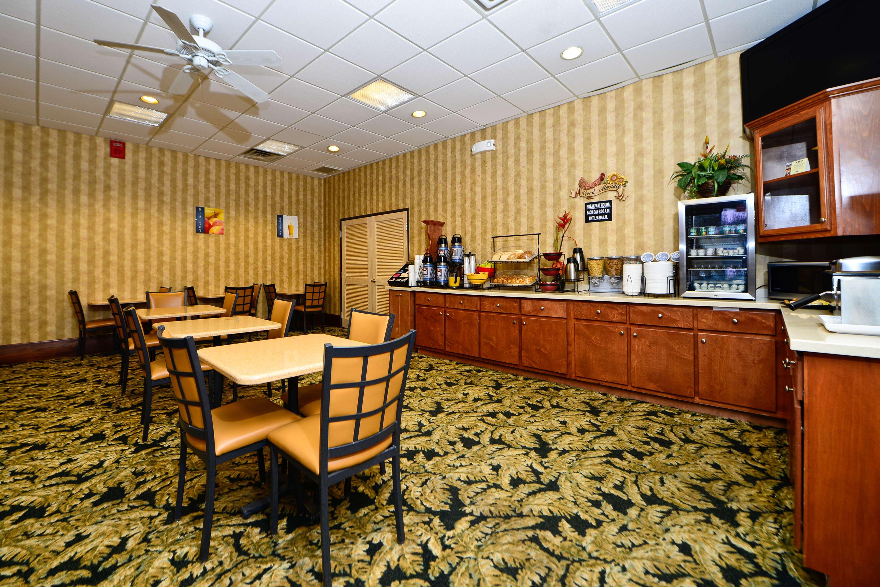 Best Western Fayetteville Inn image 24