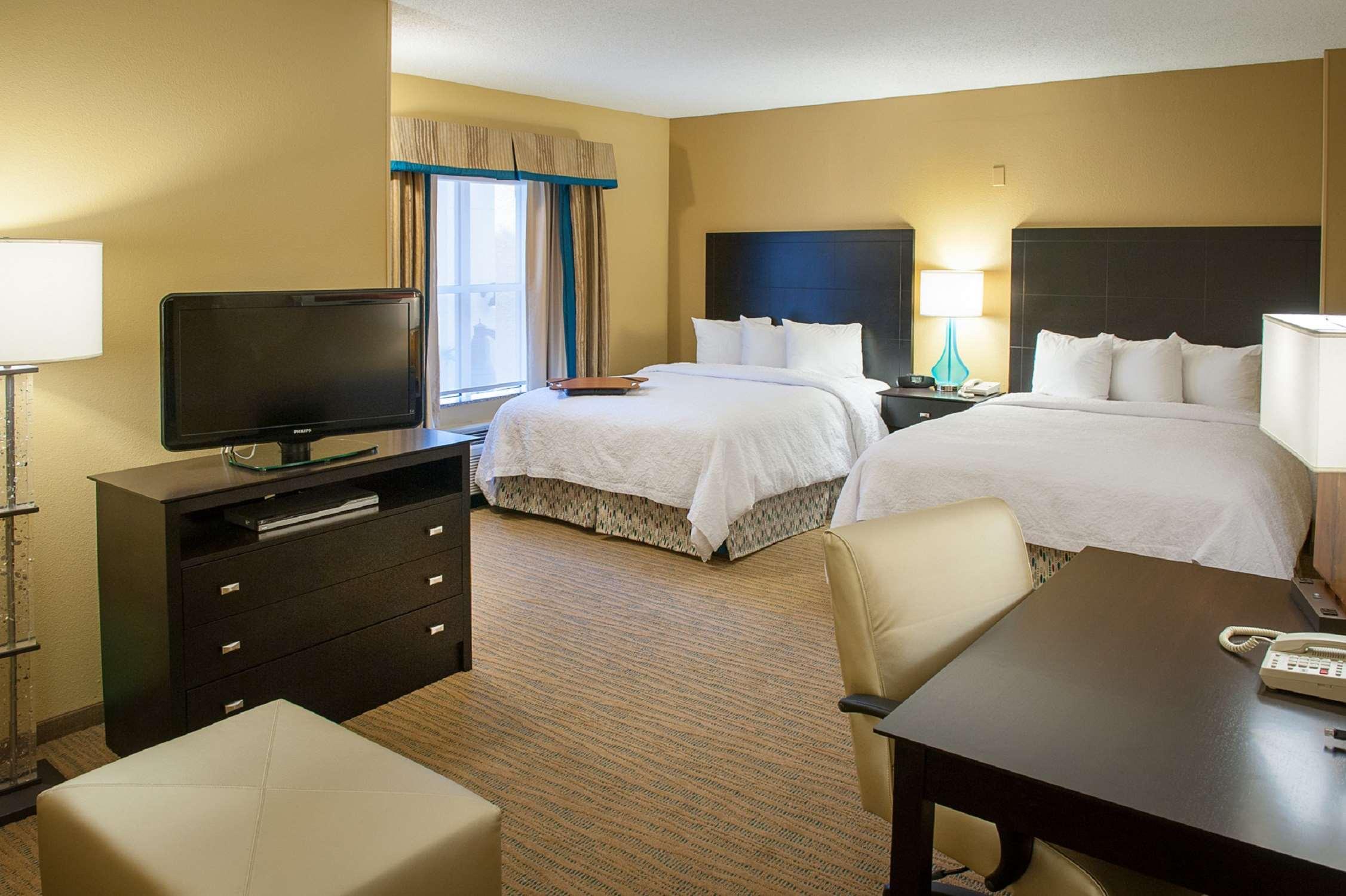 Hampton Inn & Suites St. Petersburg/Downtown image 10